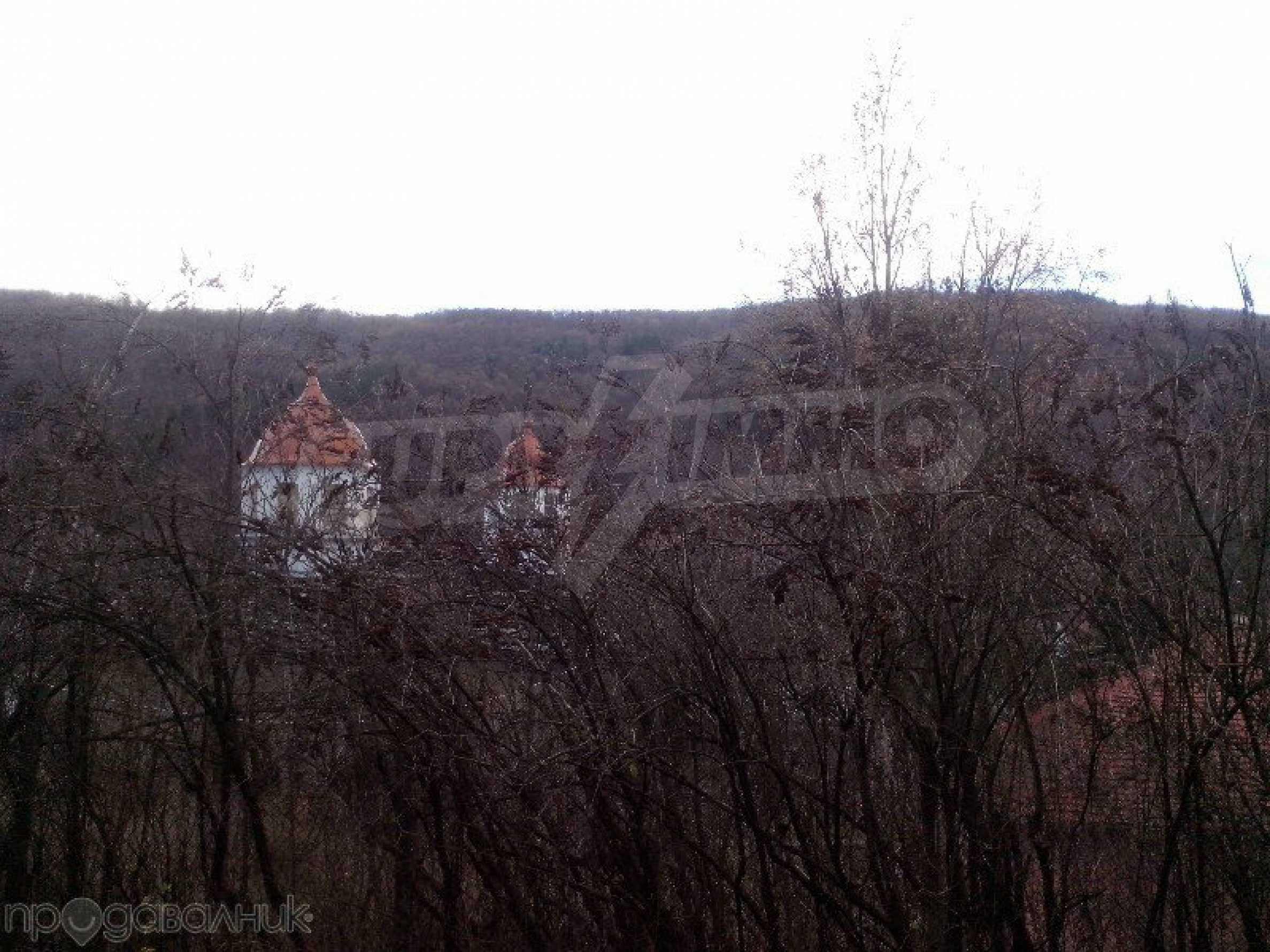 Tolles Grundstück auf dem trojanischen Balkan, 9 km von der Stadt entfernt 7
