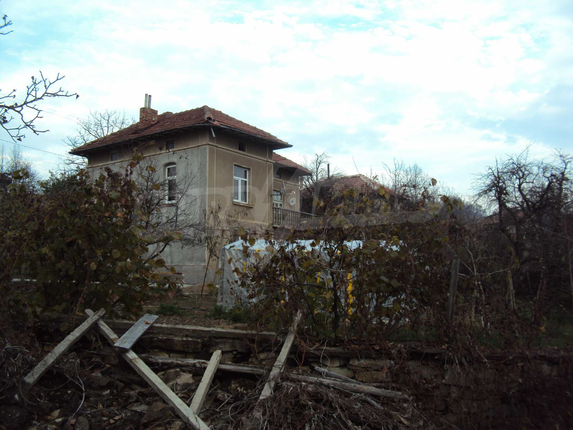 Renovated house with a large garden in a village near Veliko Tarnovo 26