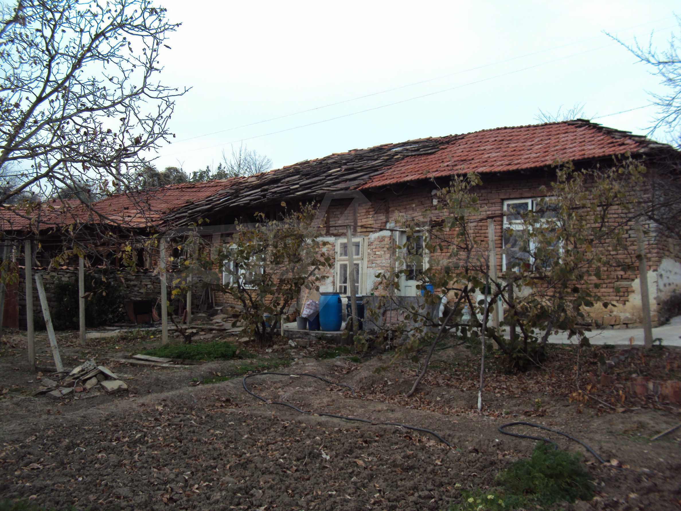 Renovated house with a large garden in a village near Veliko Tarnovo 31