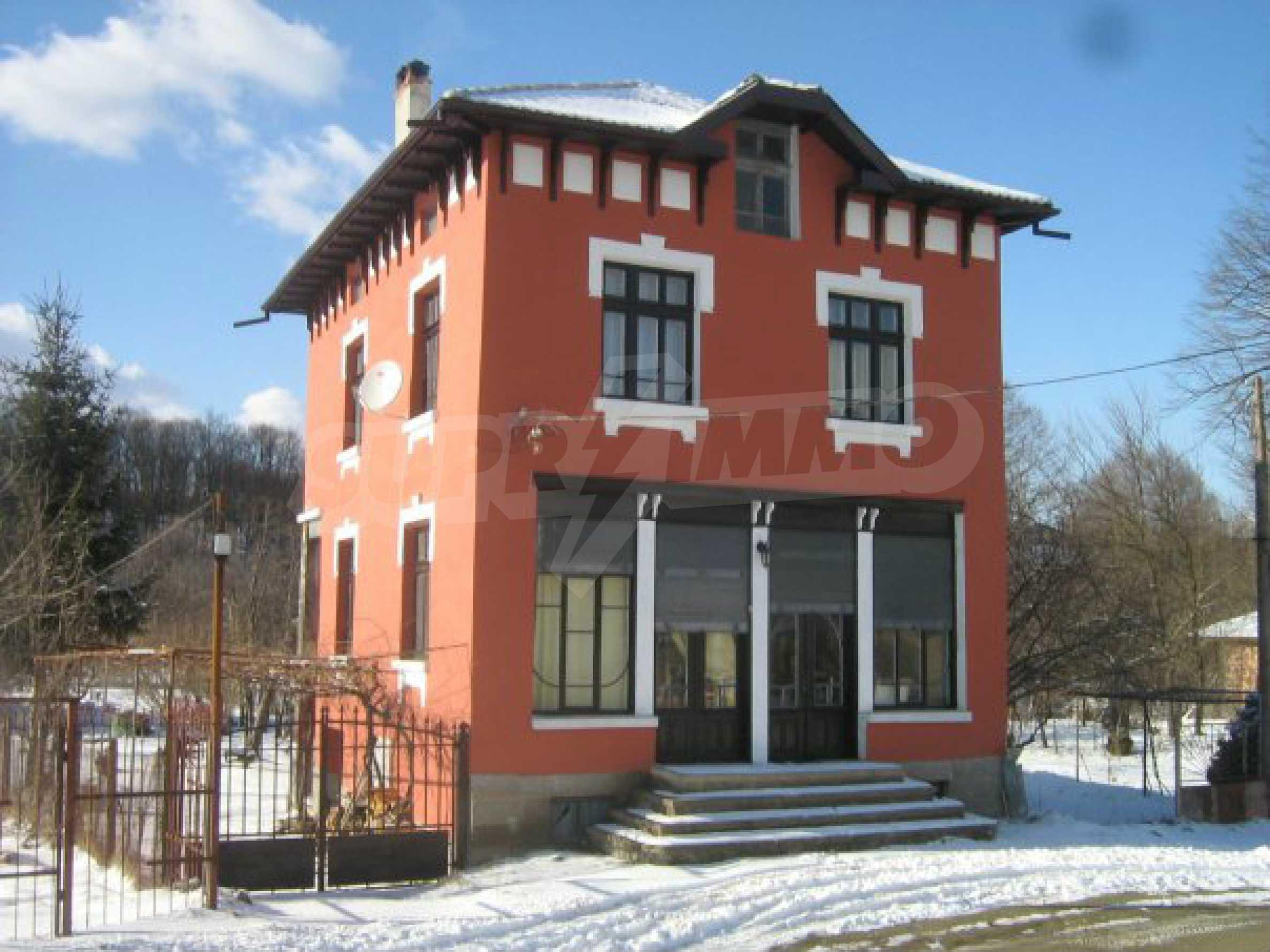 Renoviertes zweistöckiges Haus 8 km von Gabrovo entfernt