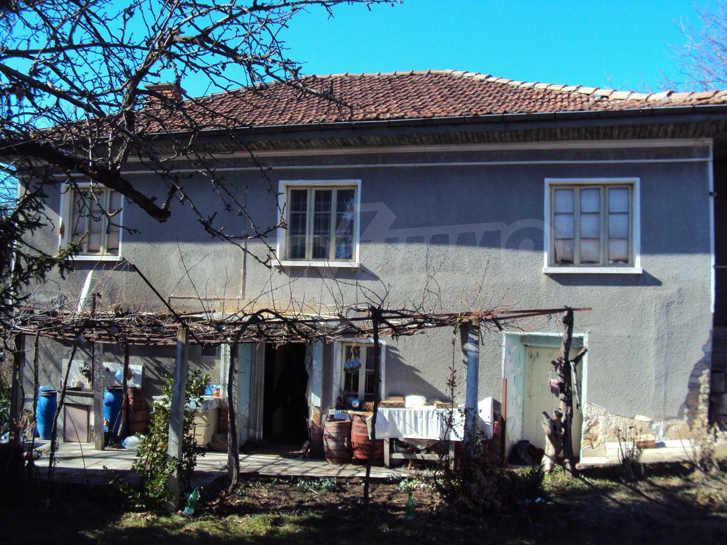 Landhaus mit großem Garten 17 km. von Dryanovo