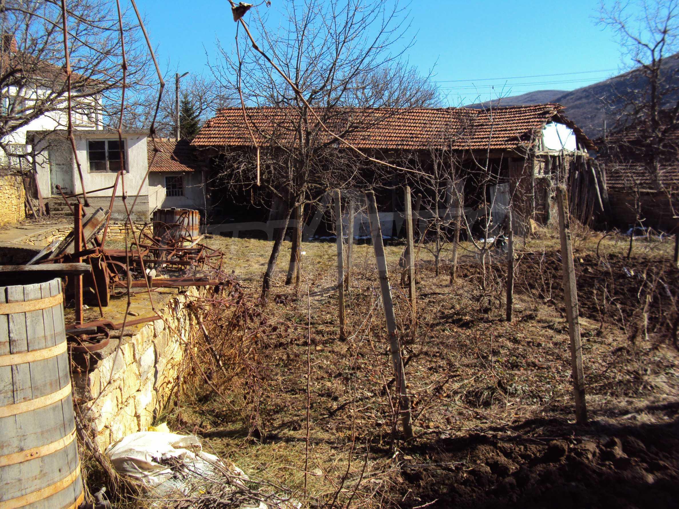 Landhaus mit großem Garten 17 km. von Dryanovo 20