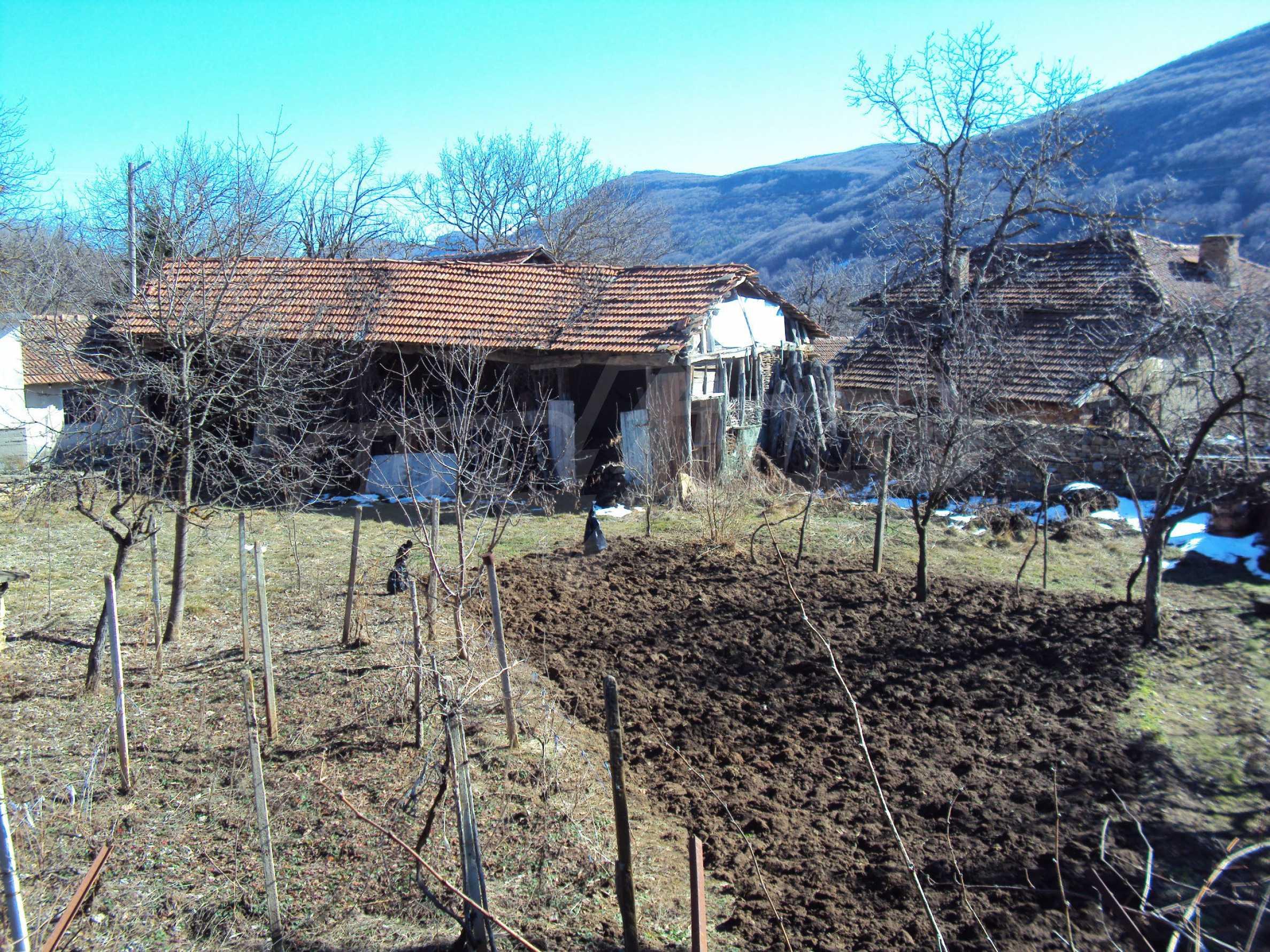 Landhaus mit großem Garten 17 km. von Dryanovo 5