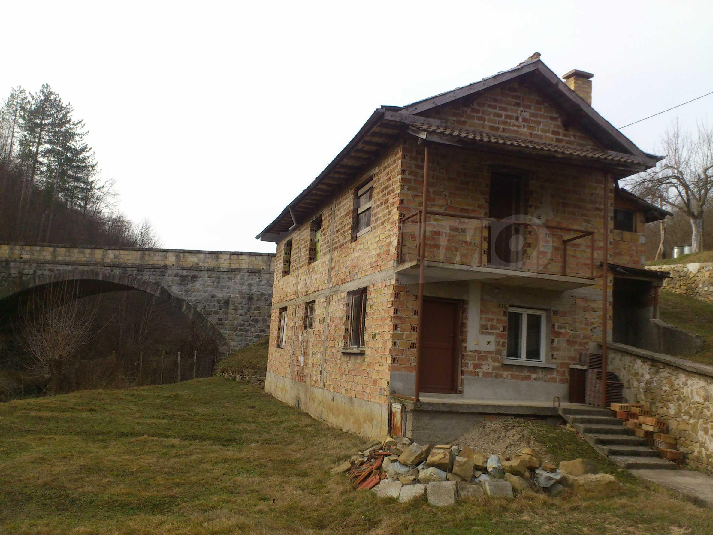 Dreistöckige Villa mit Garage am Flussufer und 32 km von Veliko Tarnovo entfernt 27
