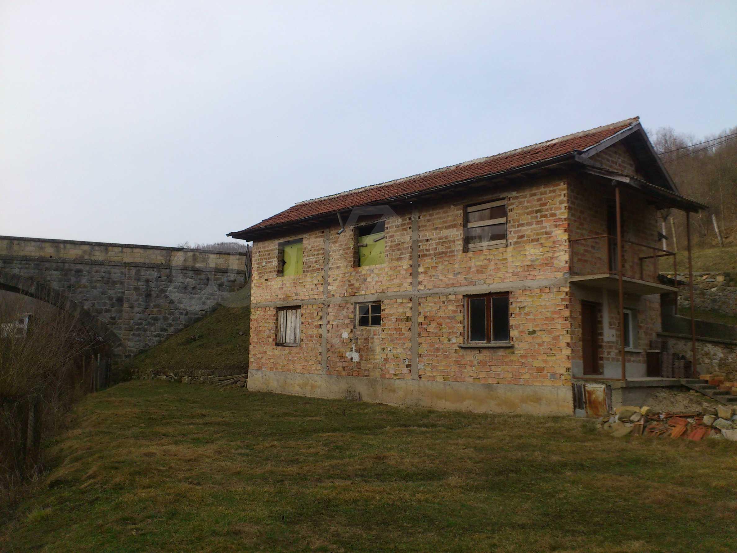 Dreistöckige Villa mit Garage am Flussufer und 32 km von Veliko Tarnovo entfernt 28