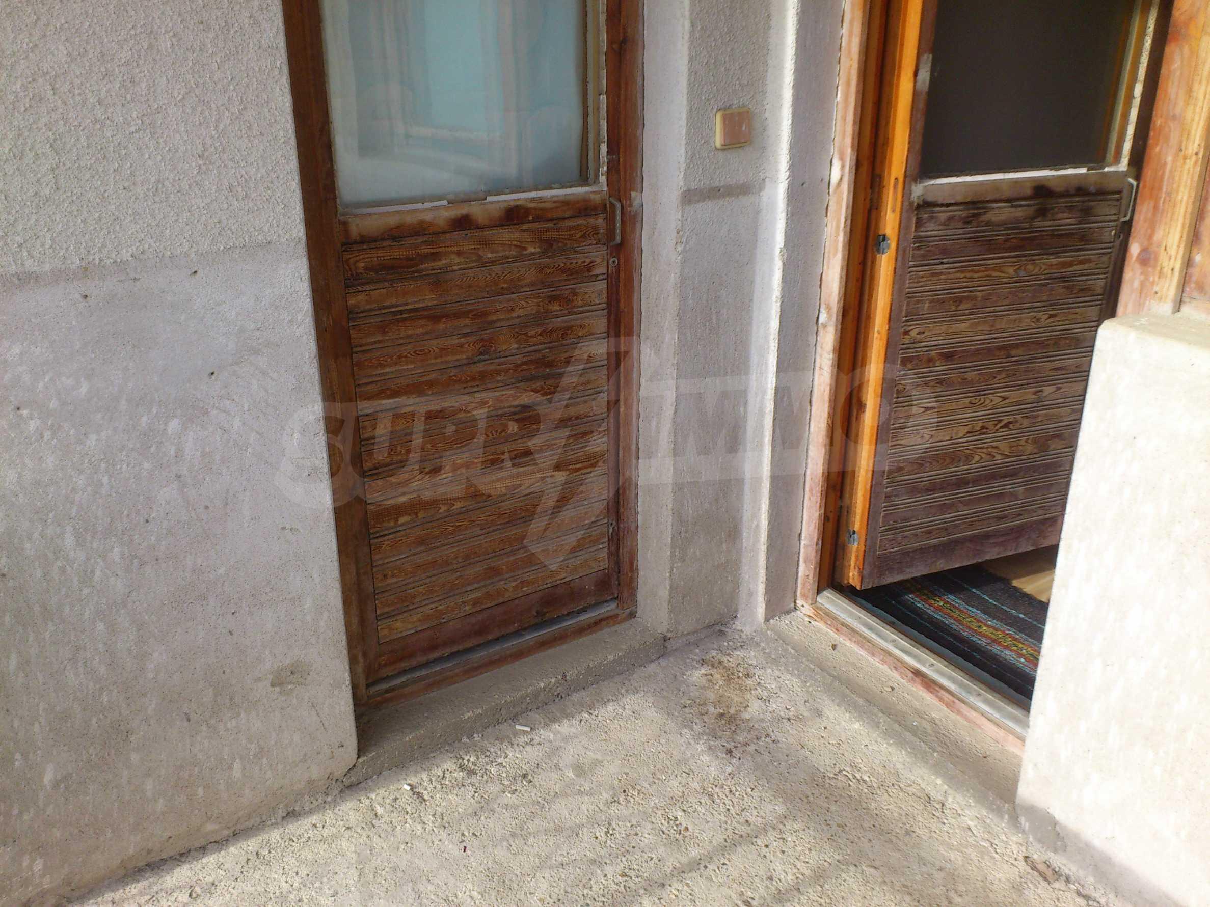 Dreistöckige Villa mit Garage am Flussufer und 32 km von Veliko Tarnovo entfernt 56