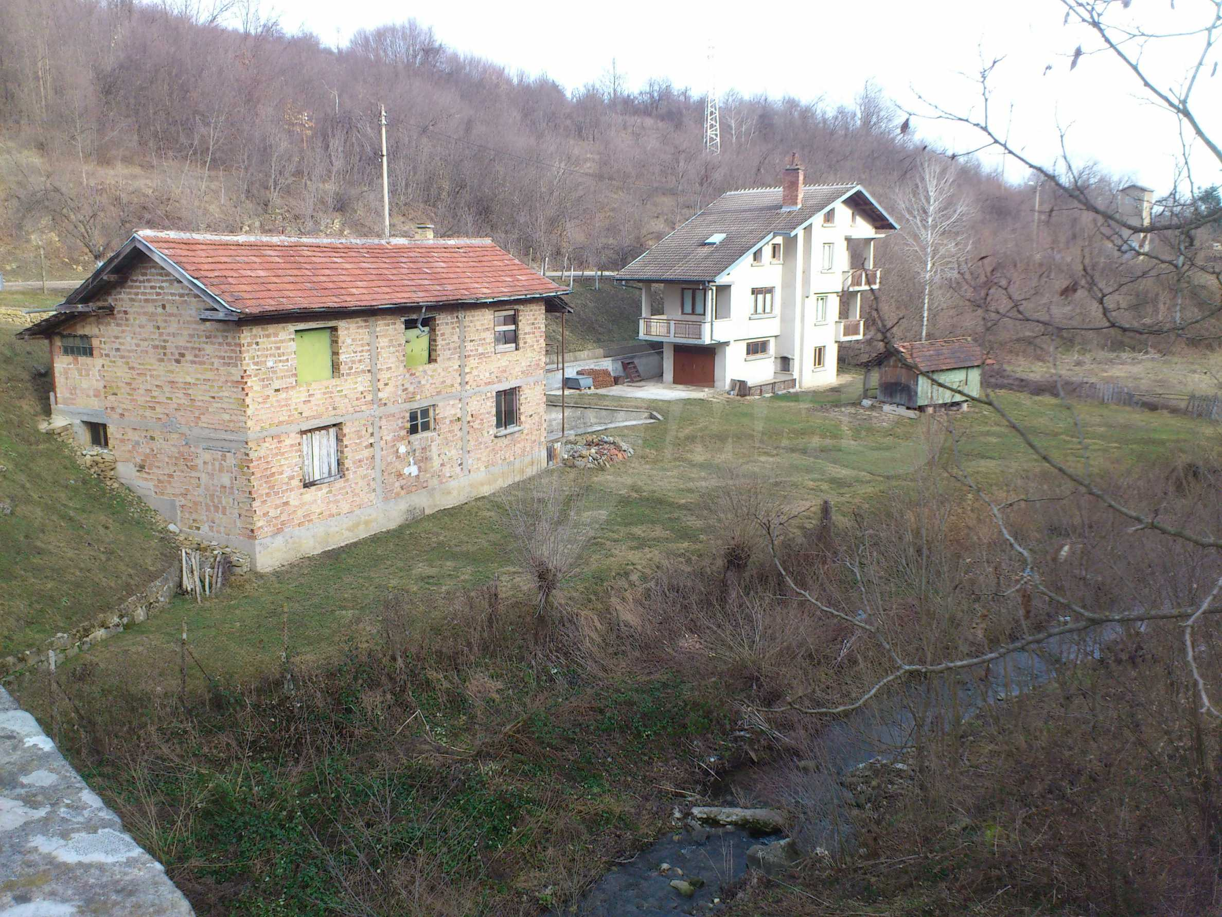 Dreistöckige Villa mit Garage am Flussufer und 32 km von Veliko Tarnovo entfernt 5