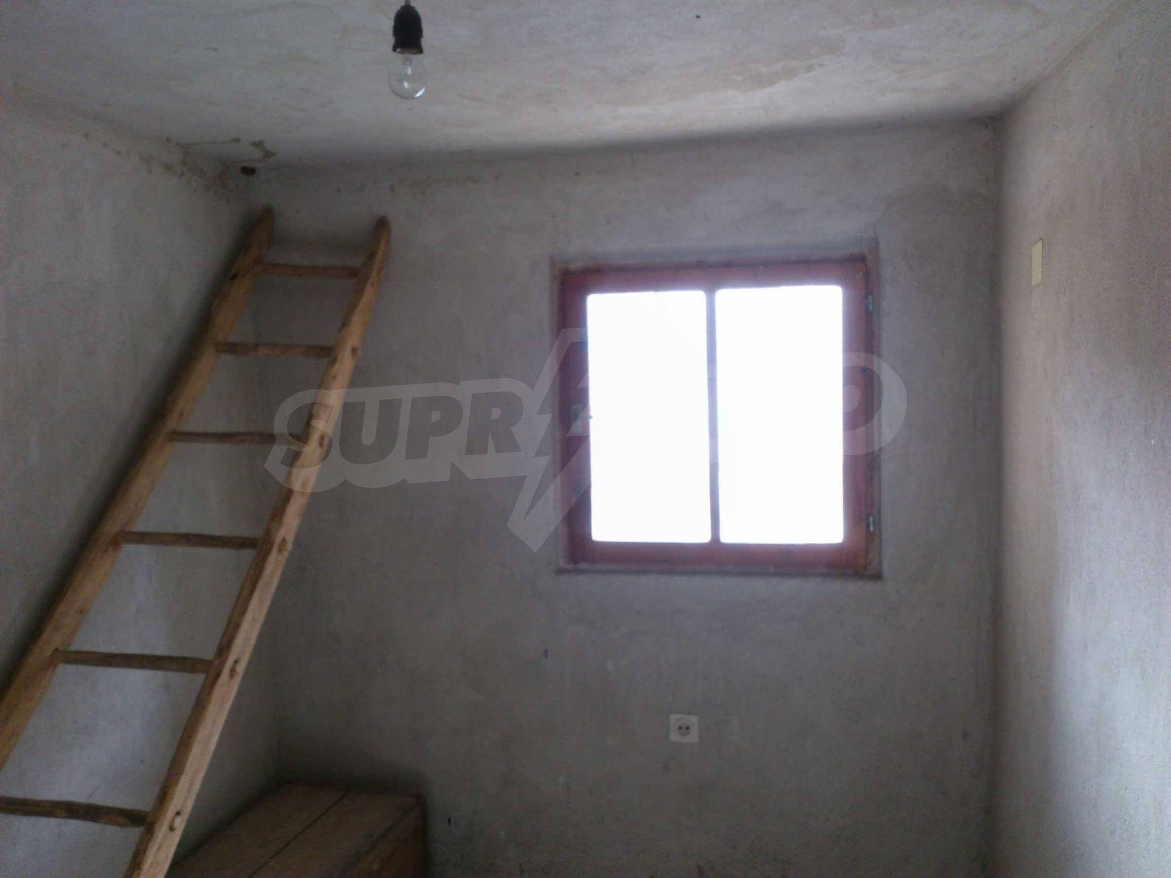 Dreistöckige Villa mit Garage am Flussufer und 32 km von Veliko Tarnovo entfernt 60