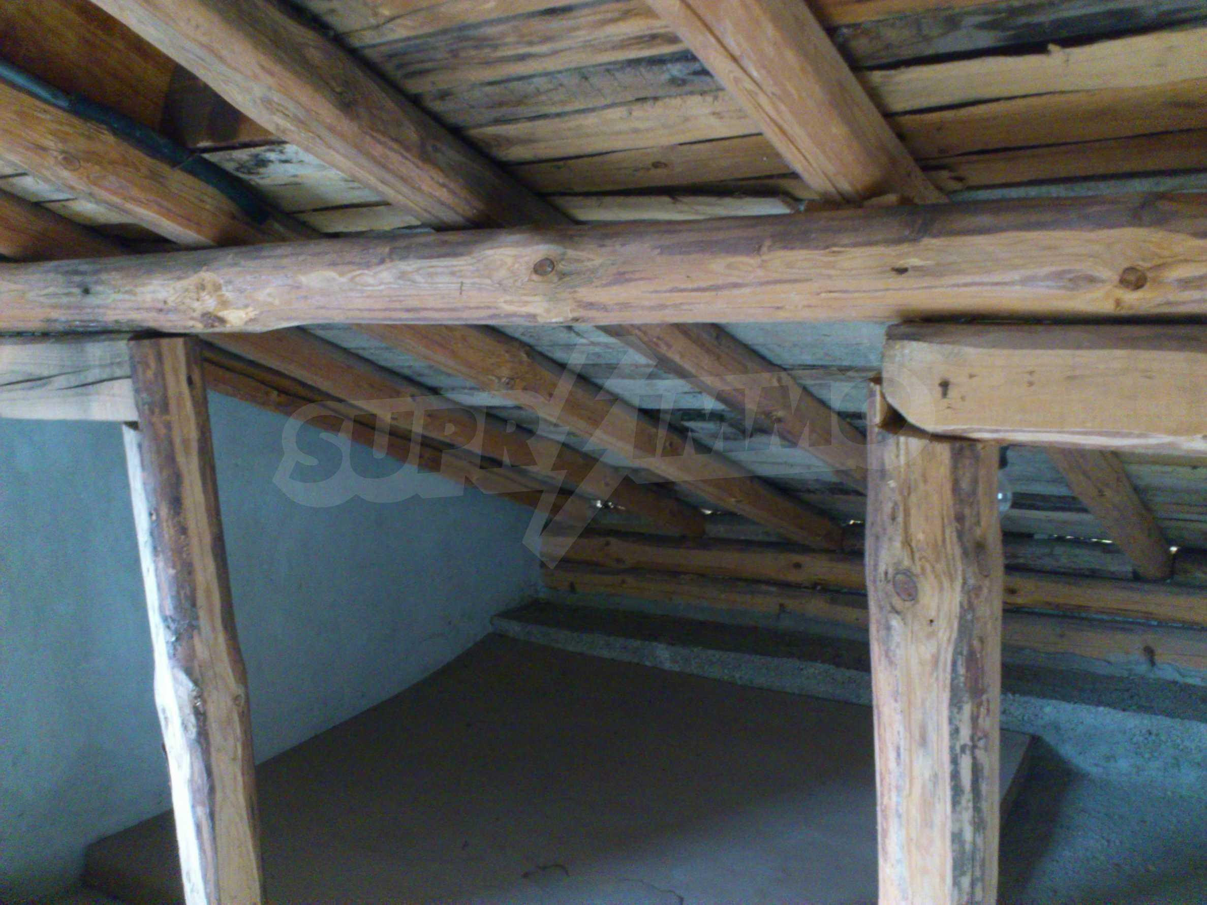 Dreistöckige Villa mit Garage am Flussufer und 32 km von Veliko Tarnovo entfernt 62