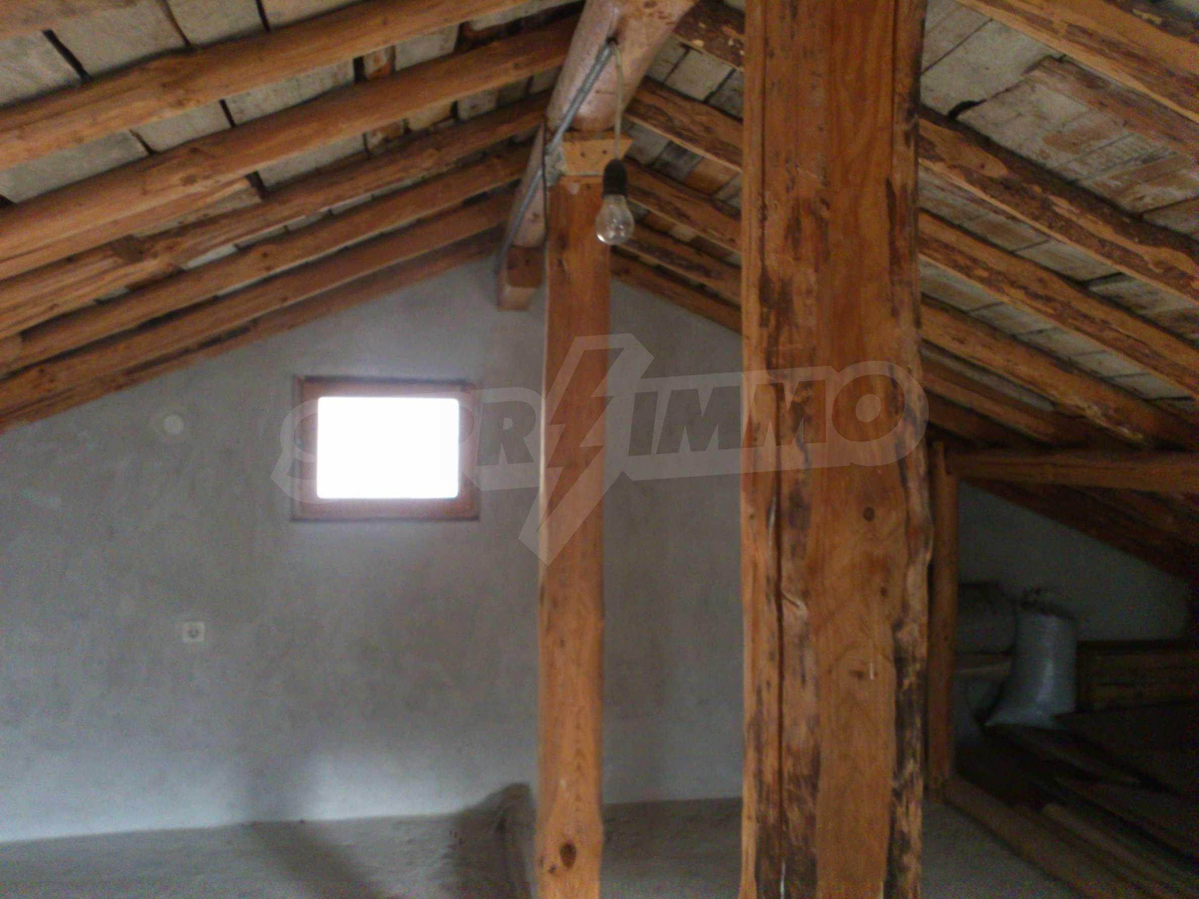 Dreistöckige Villa mit Garage am Flussufer und 32 km von Veliko Tarnovo entfernt 65