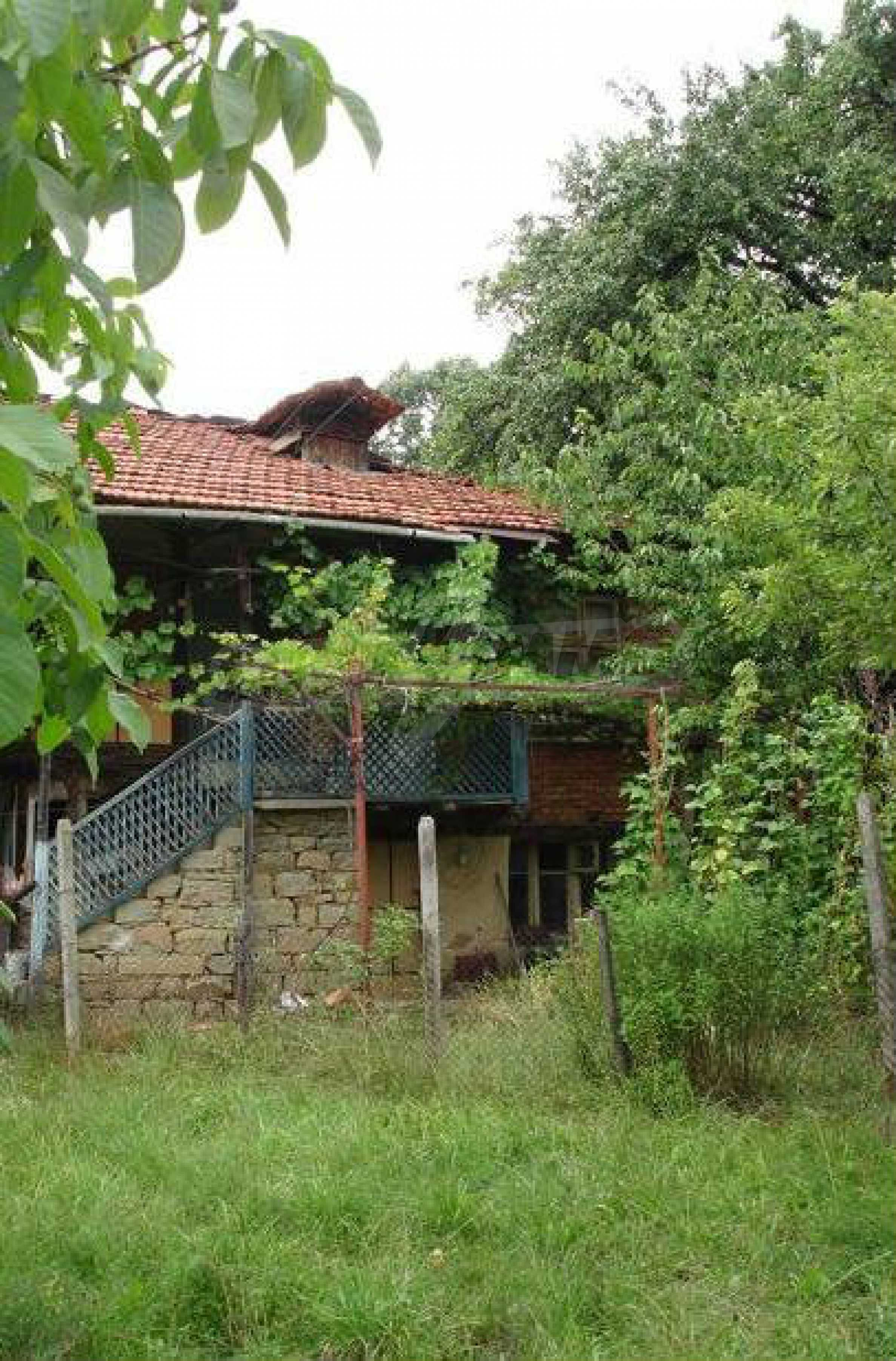Two-storey house located 10km from Troyan 5