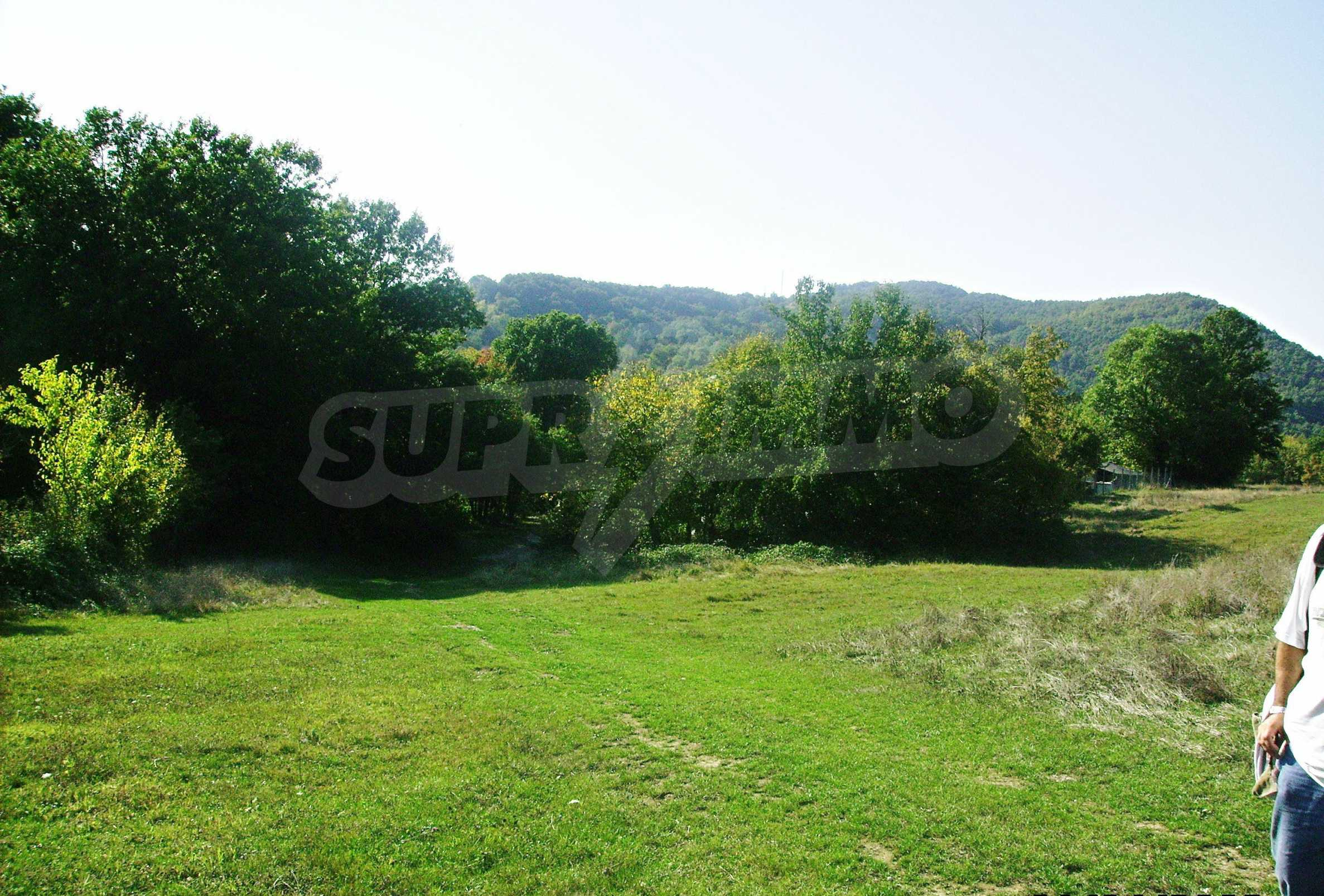 Large plot of land located near town Gabrovo 17