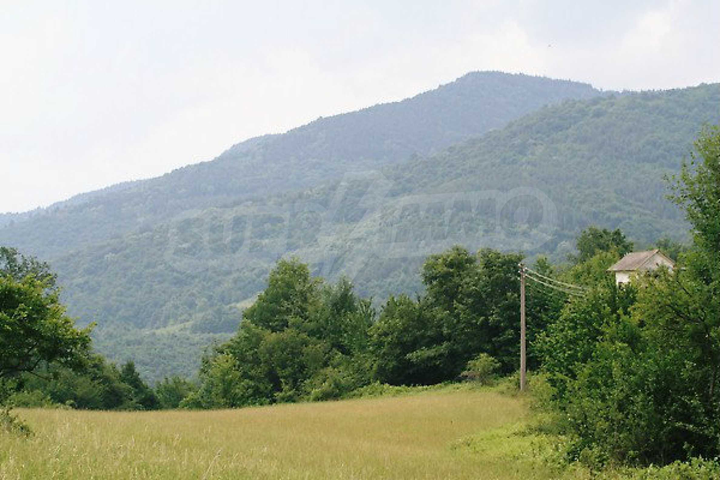 Large plot of land located near town Gabrovo 22