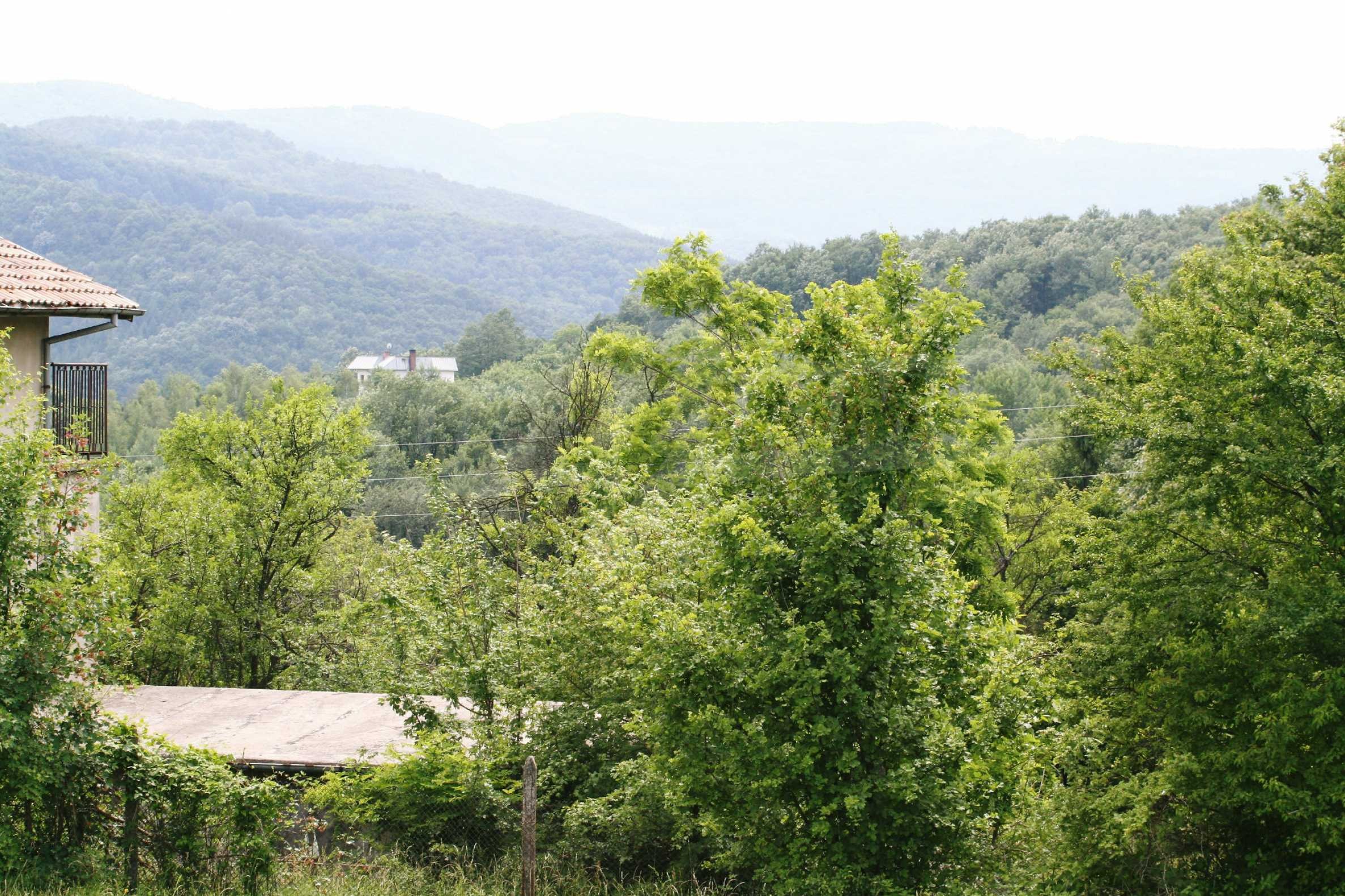 Large plot of land located near town Gabrovo 8