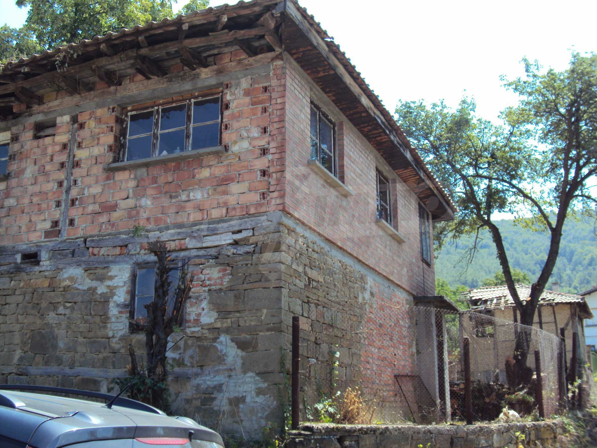 Two-storey house in the heart of the Balkan Mountains, just 7 km from Gabrovo 43