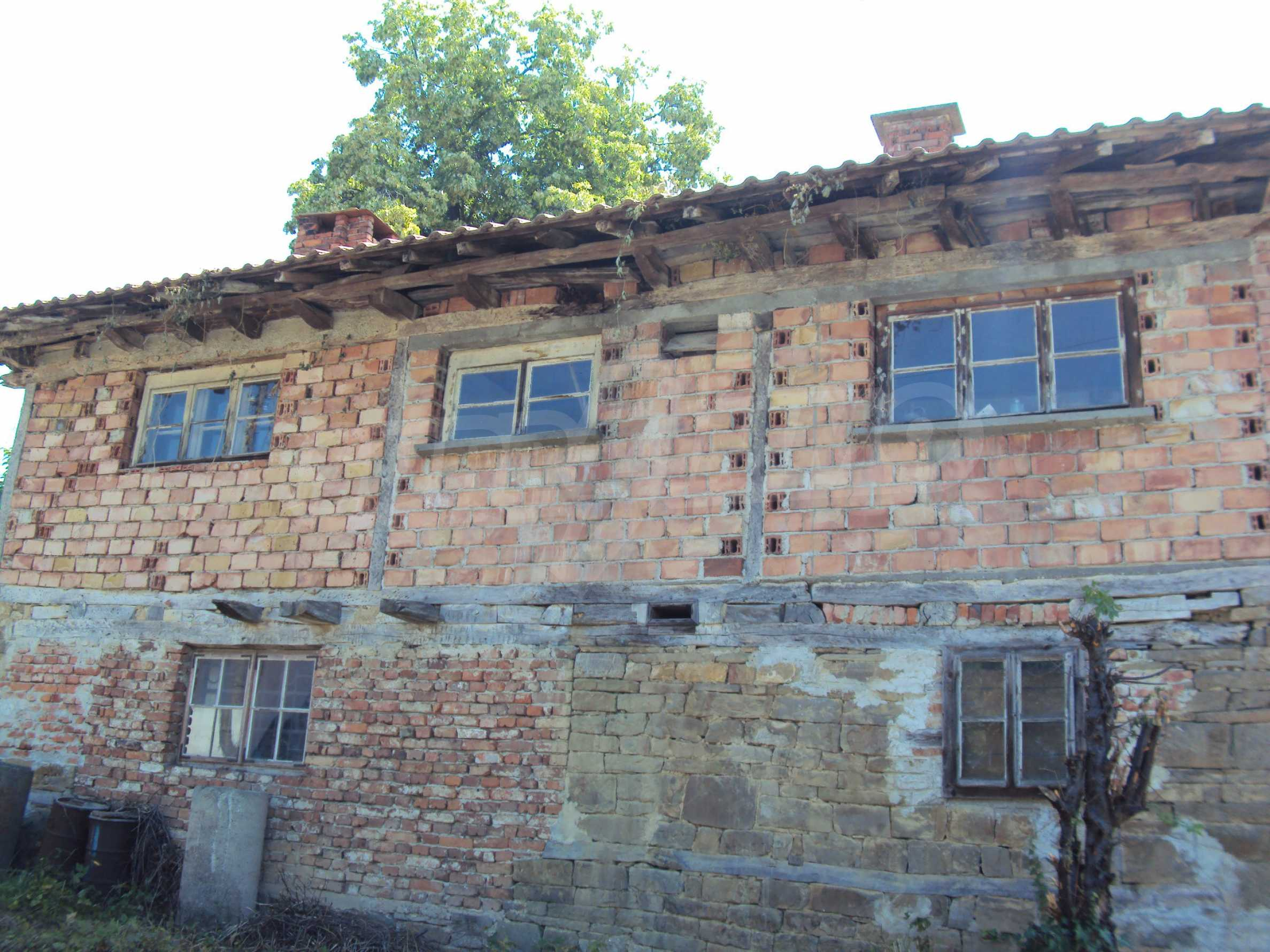 Two-storey house in the heart of the Balkan Mountains, just 7 km from Gabrovo 44