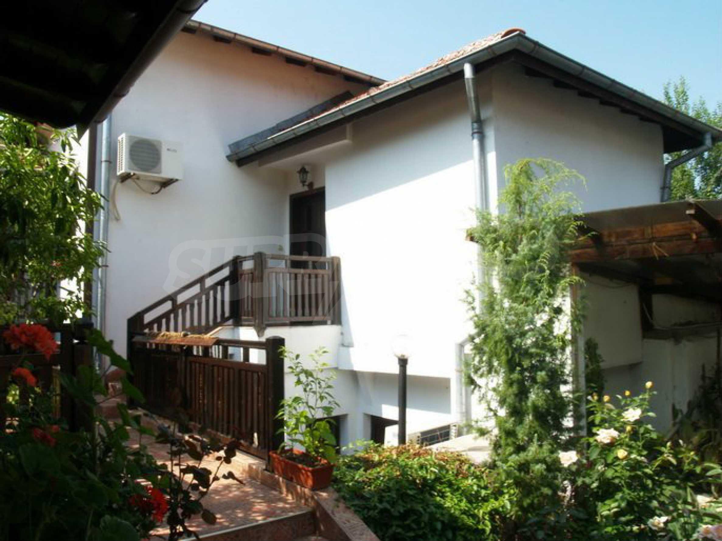 Hotelanlage mit Restaurant am Ufer des Flusses Osam in Lovech 14