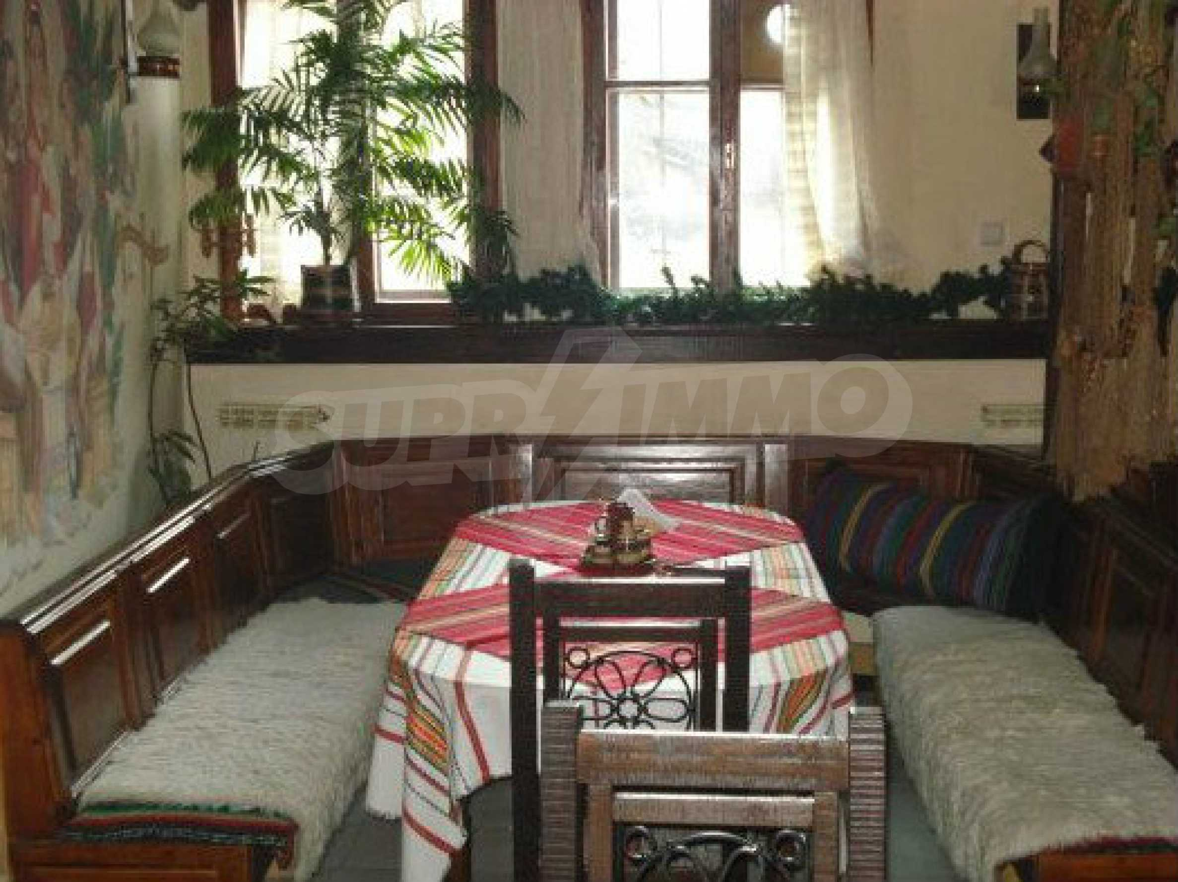 Hotelanlage mit Restaurant am Ufer des Flusses Osam in Lovech 49