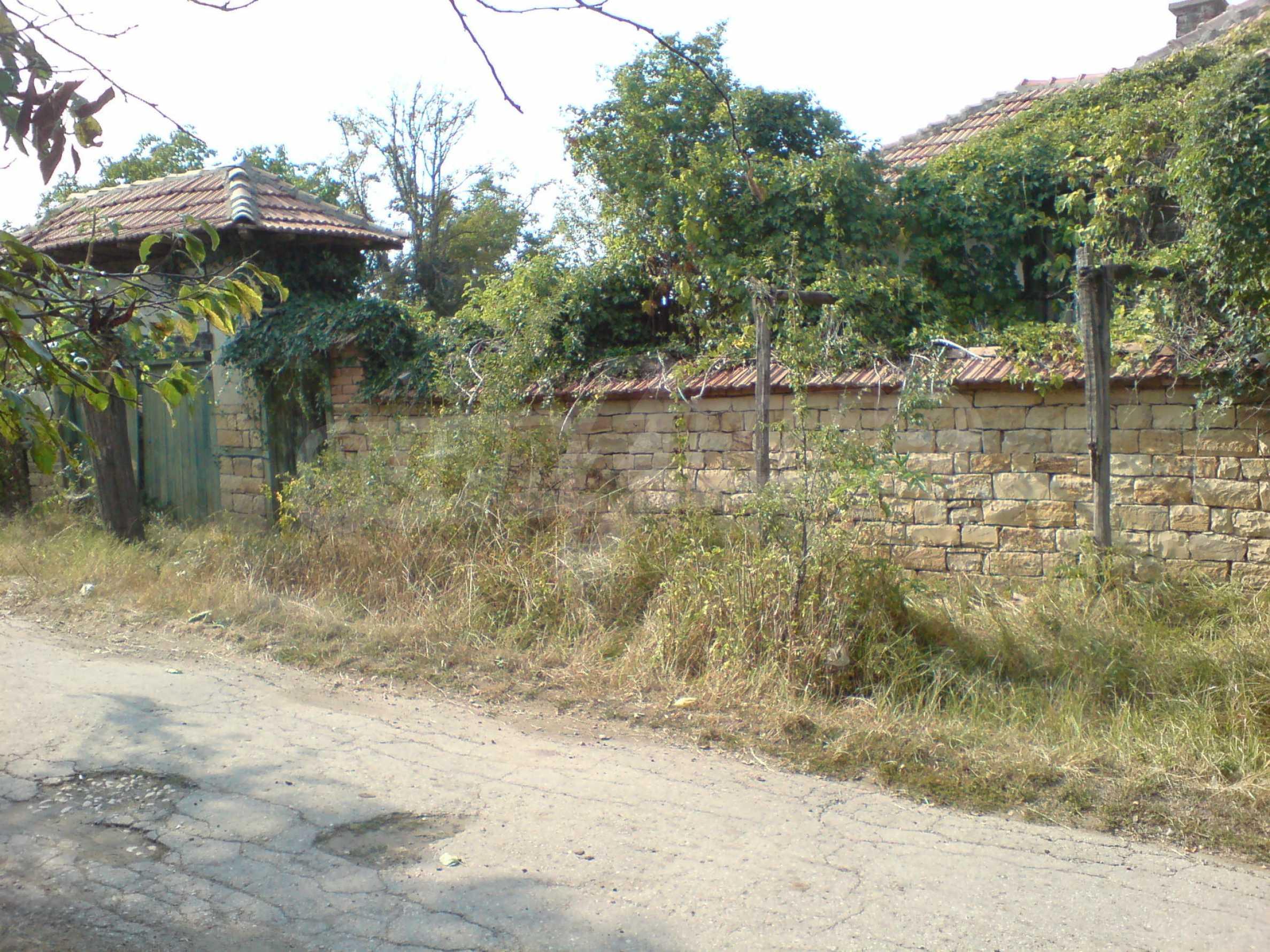 Einstöckiges Backsteinhaus 40 km. von Veliko Tarnovo 3
