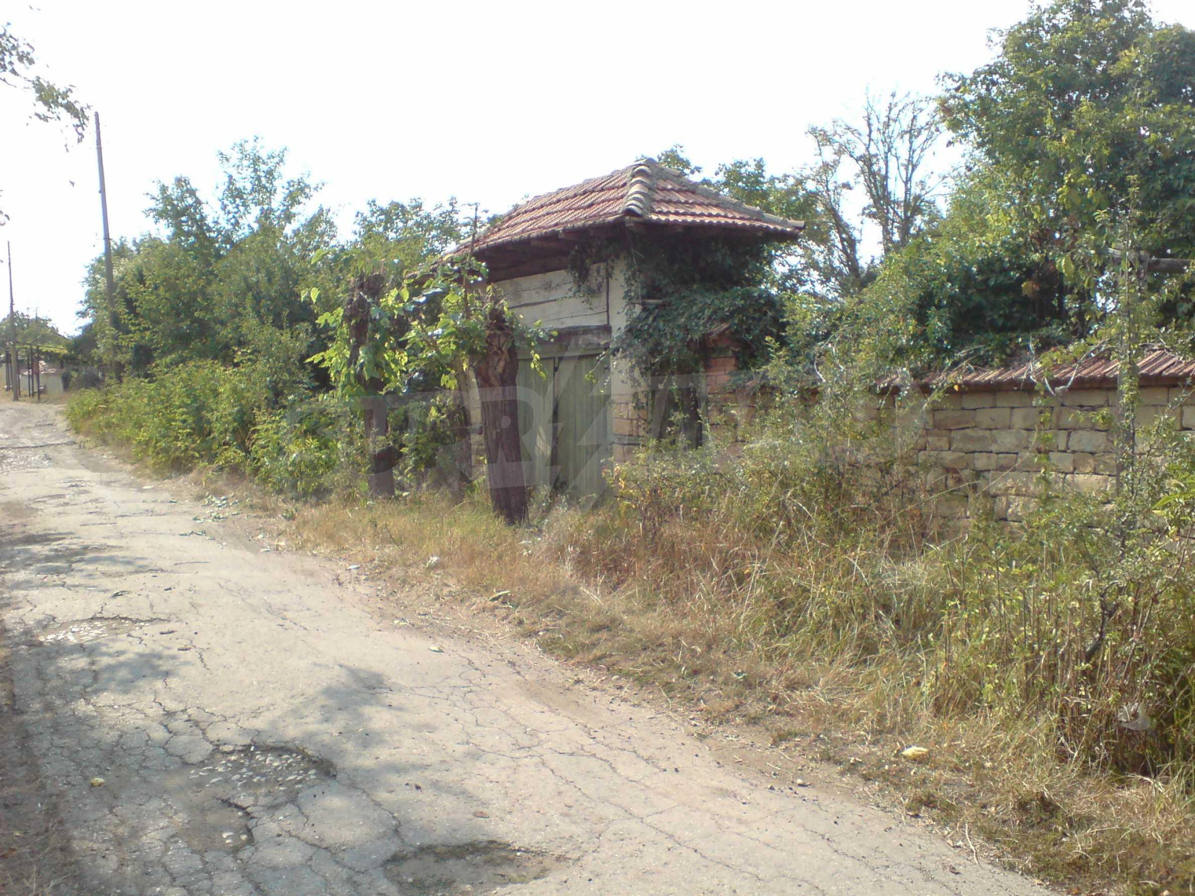 Einstöckiges Backsteinhaus 40 km. von Veliko Tarnovo 4