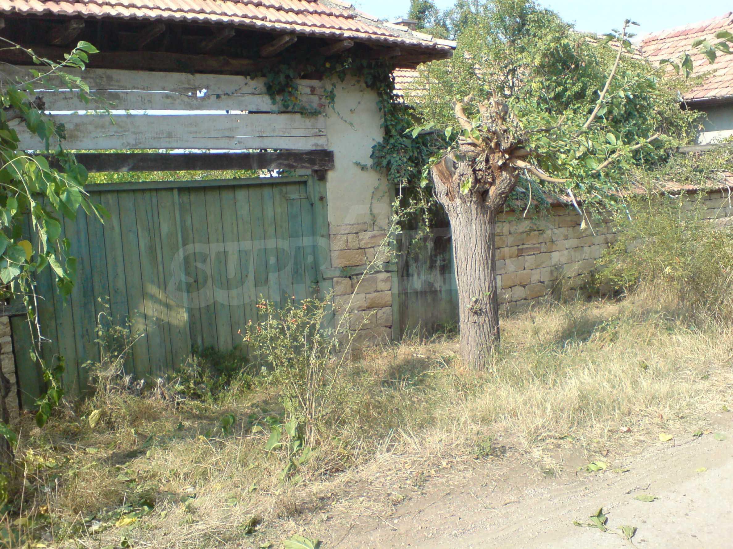 Einstöckiges Backsteinhaus 40 km. von Veliko Tarnovo 6