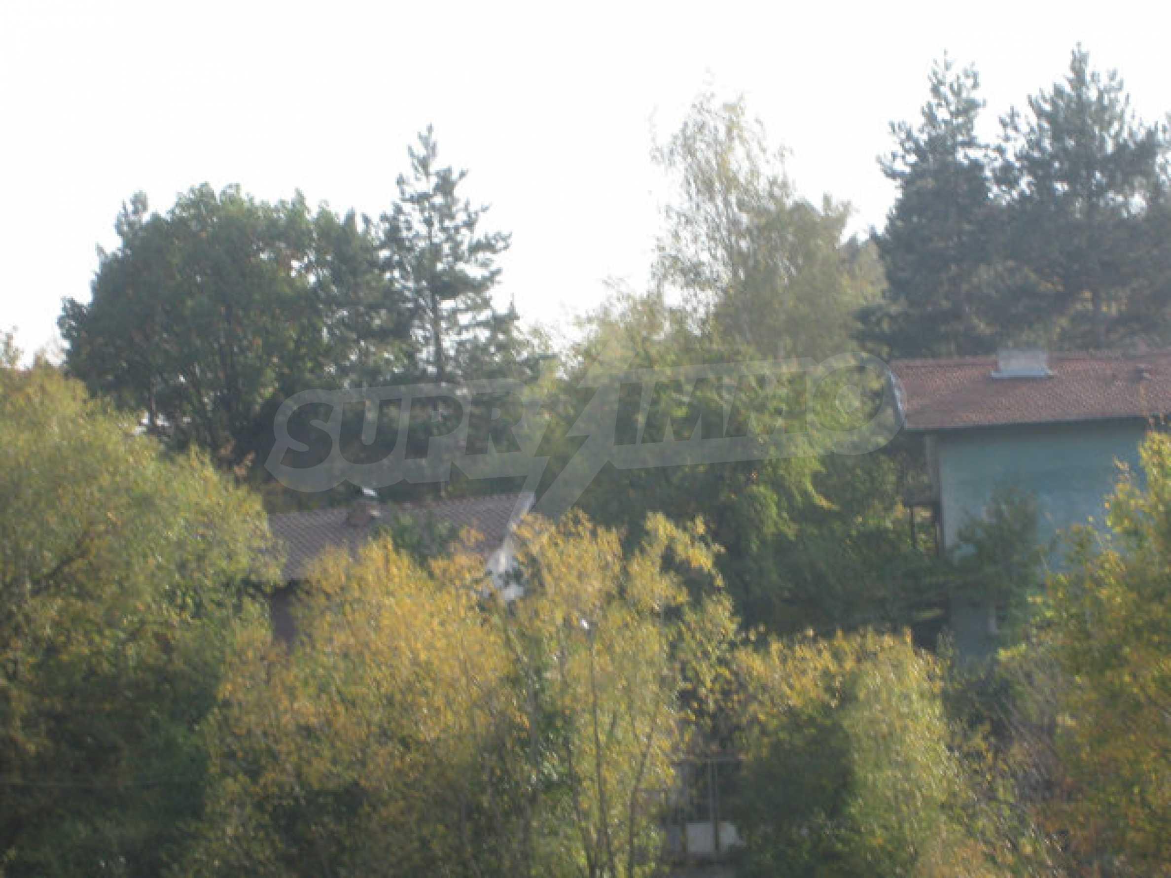 Reguliertes Grundstück im Zentrum eines malerischen Dorfes in der Nähe von Pernik und Sofia 18