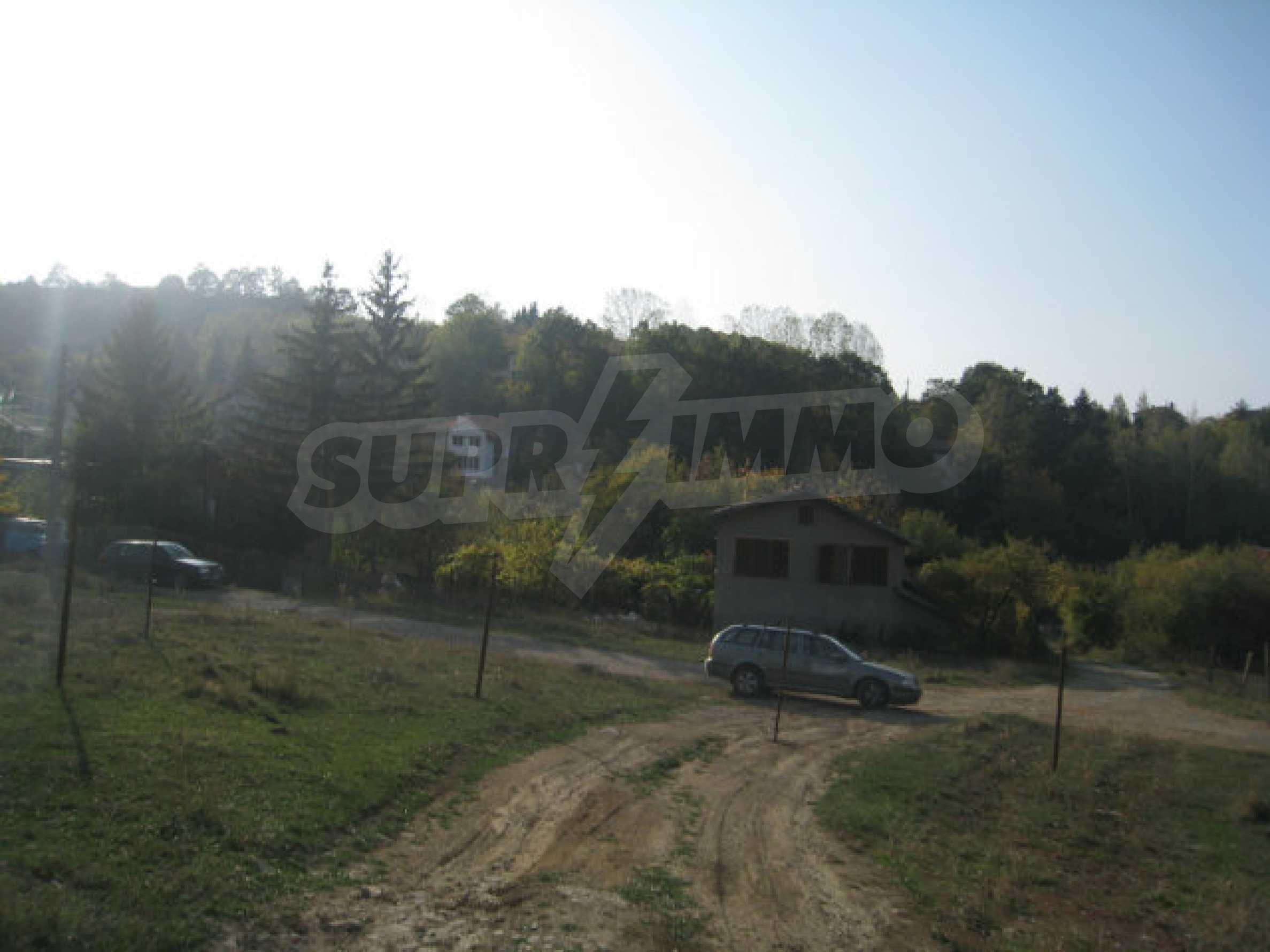 Reguliertes Grundstück im Zentrum eines malerischen Dorfes in der Nähe von Pernik und Sofia 8