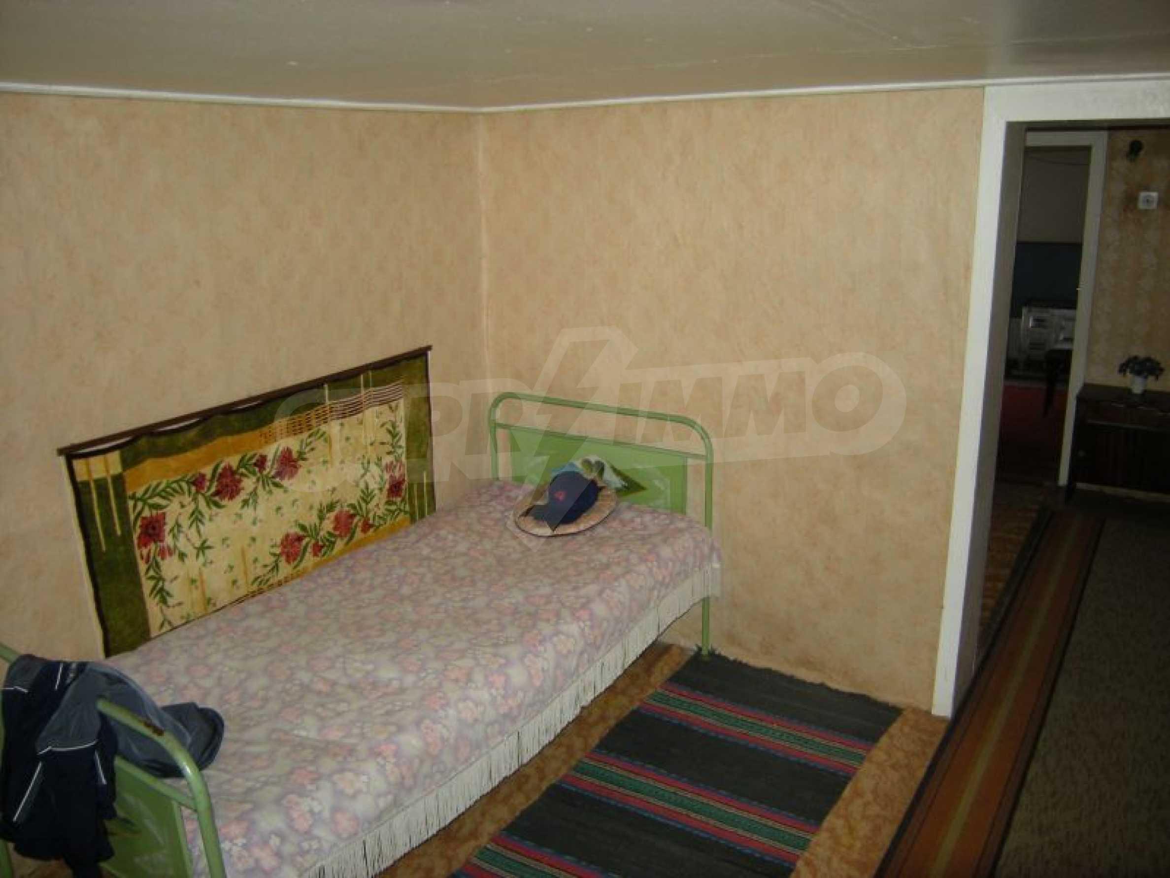 Къща за продан близо до Хасково 5