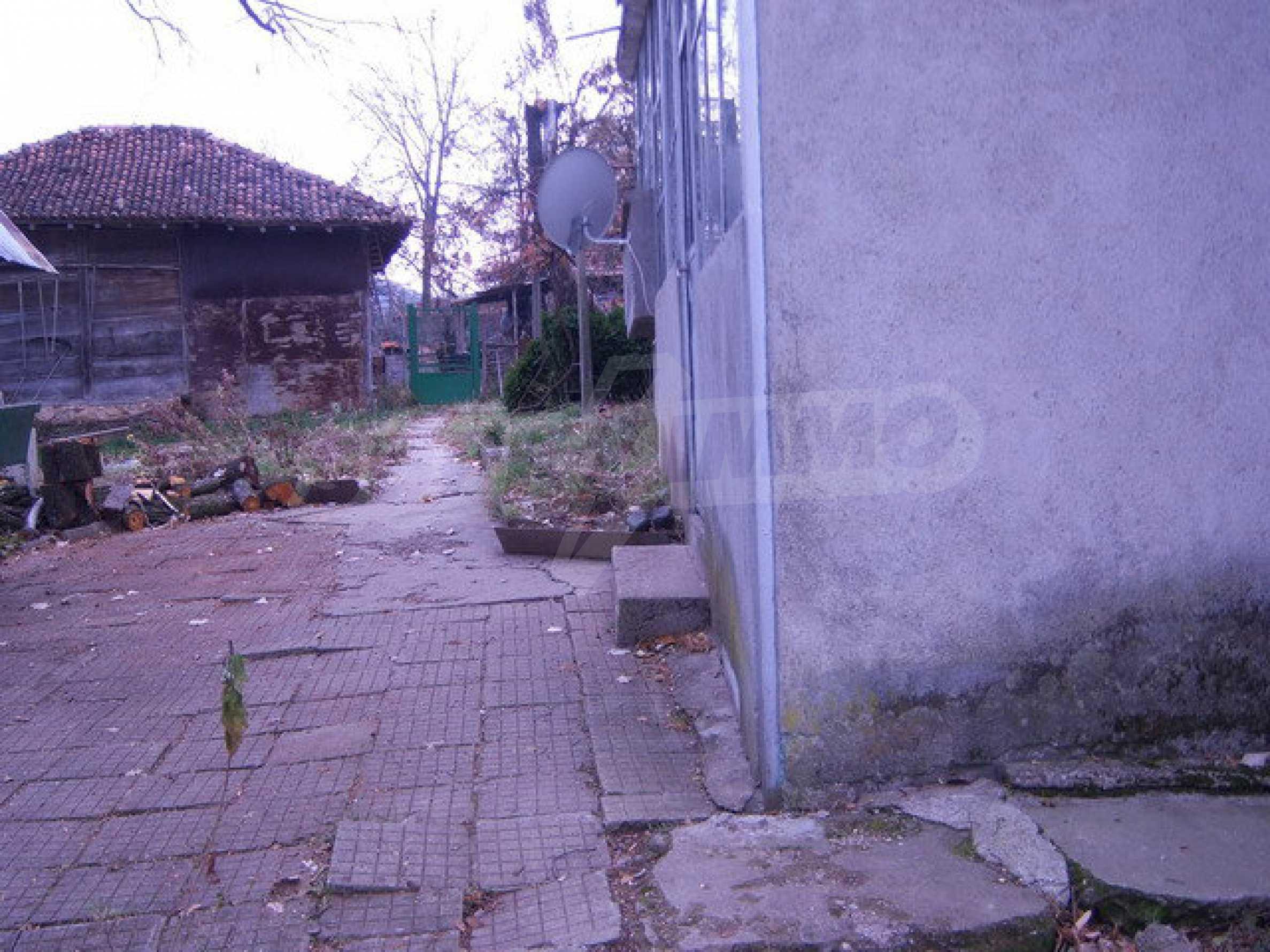 Einstöckiges Haus in Elena Pre-Balkan 7