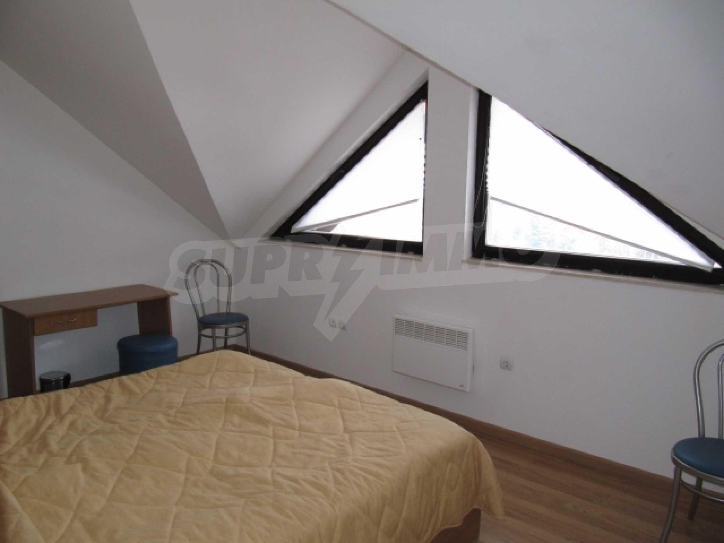 Трехкомнатная квартира на продажу в горнолыжном курорте Пампорово 10