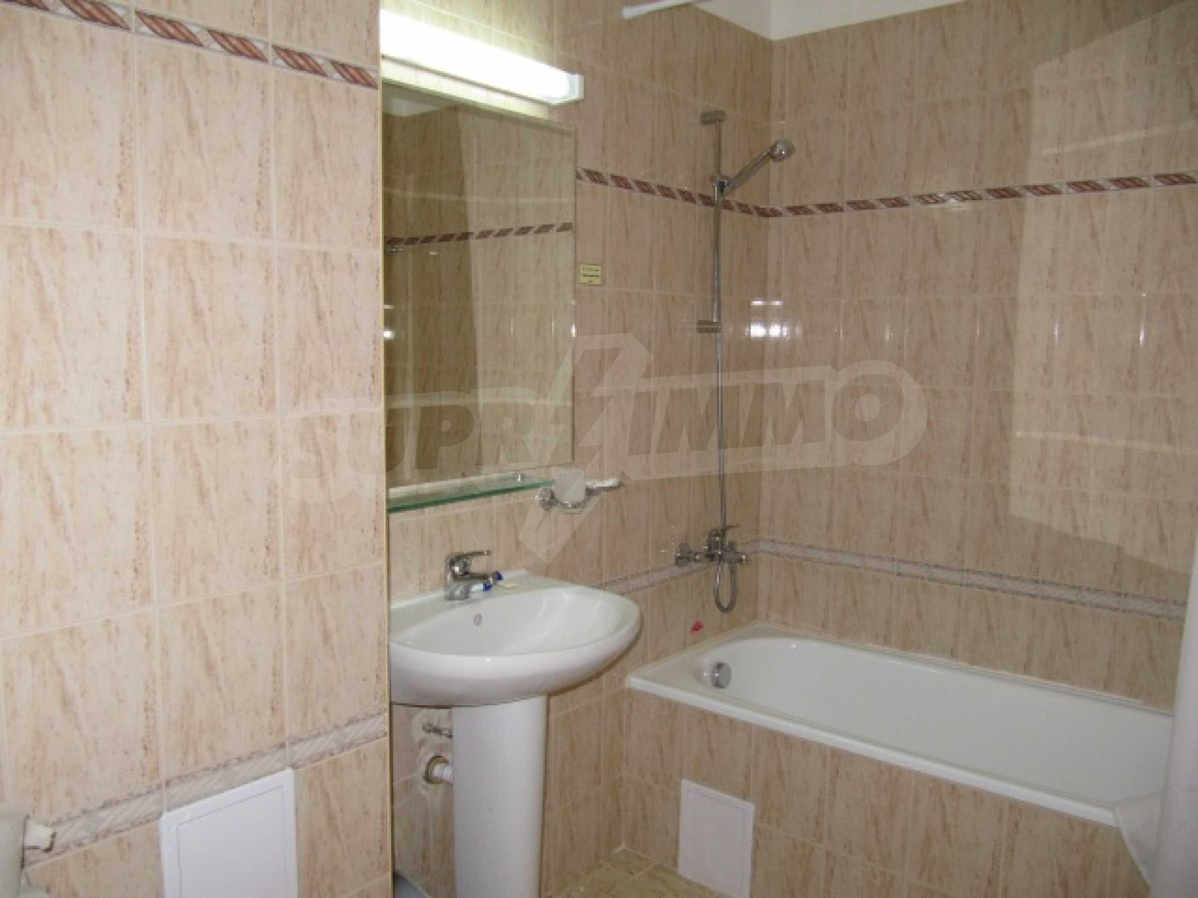 Трехкомнатная квартира на продажу в горнолыжном курорте Пампорово 16