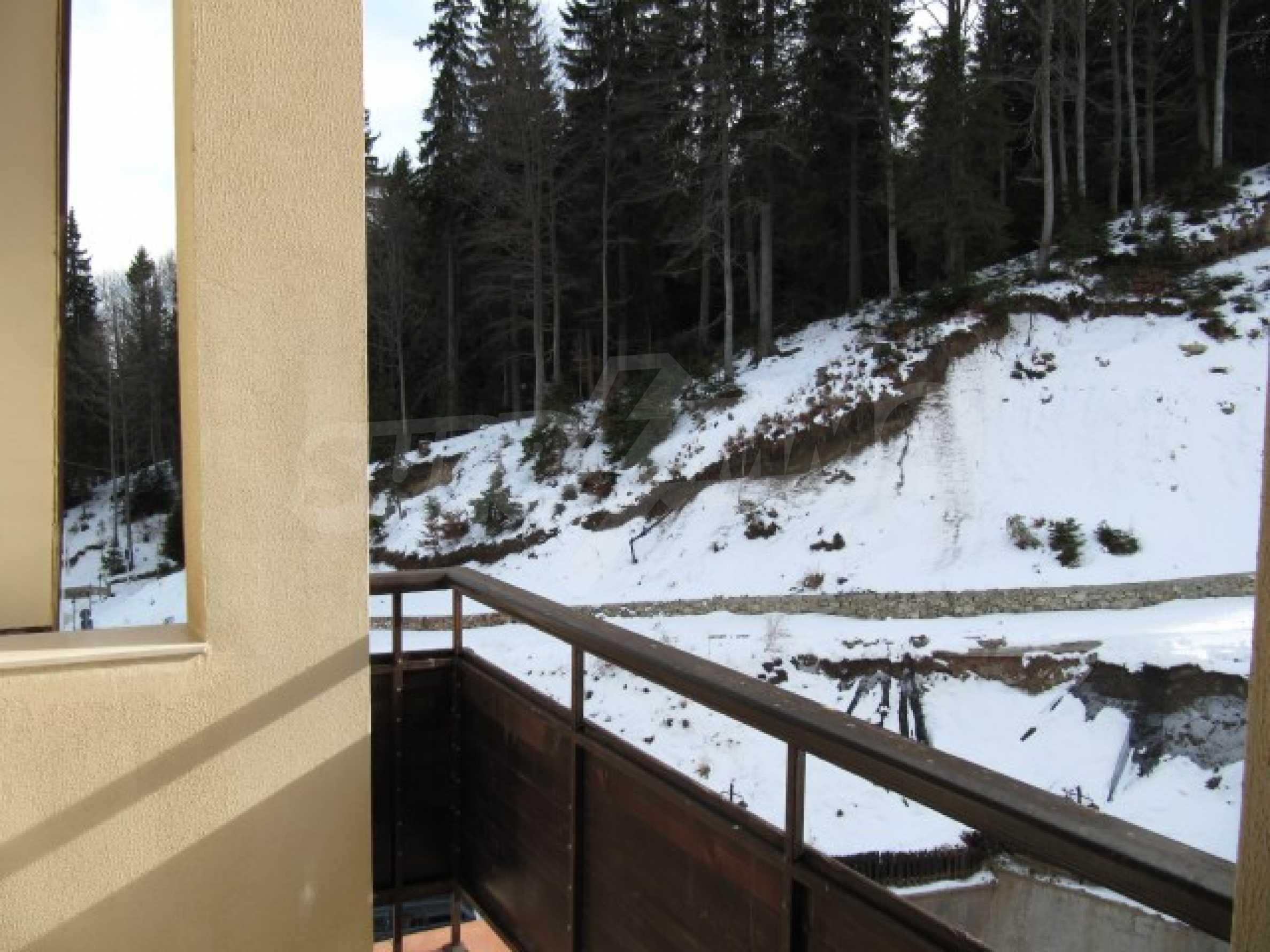 Трехкомнатная квартира на продажу в горнолыжном курорте Пампорово 17
