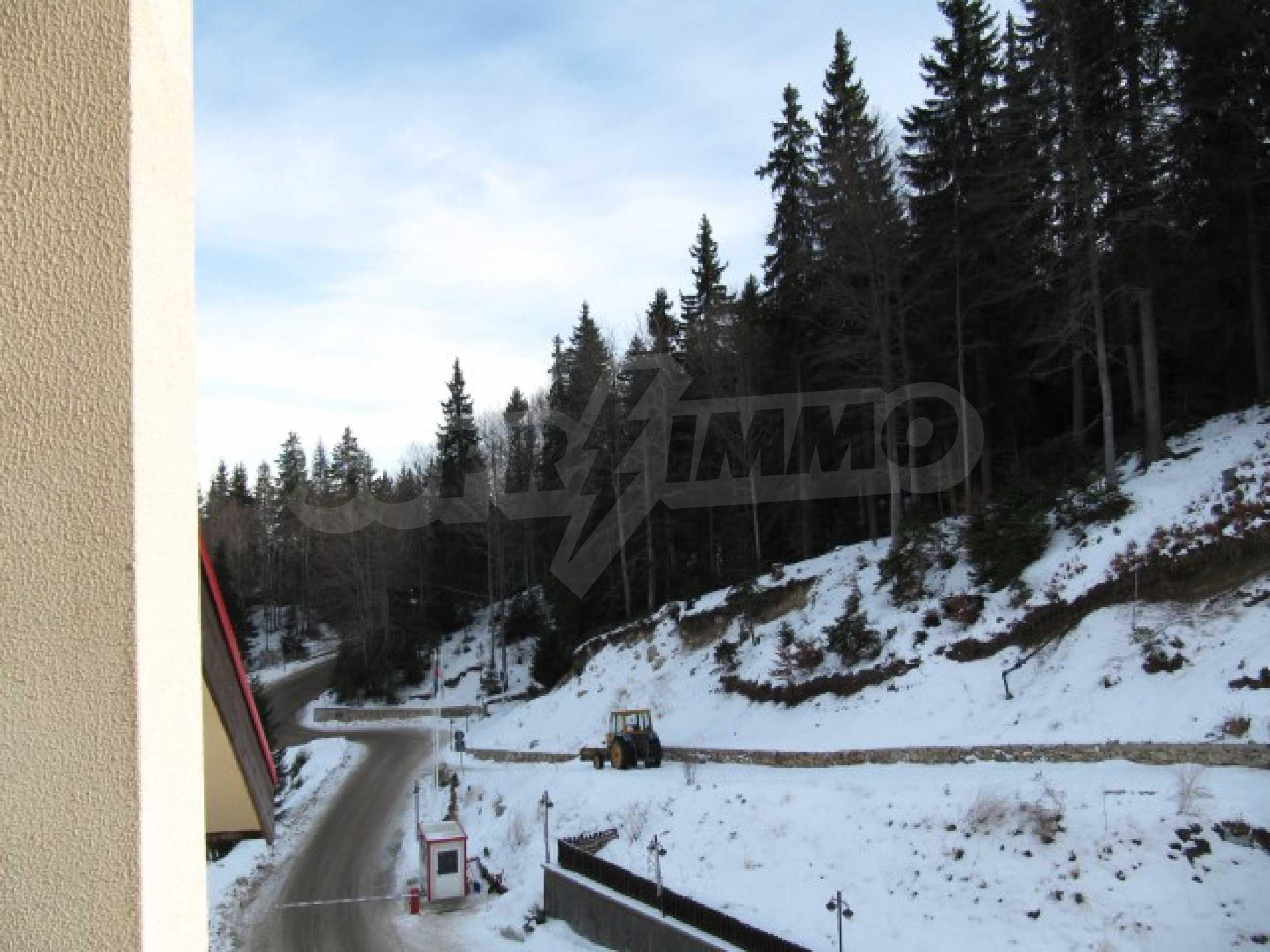 Трехкомнатная квартира на продажу в горнолыжном курорте Пампорово 19