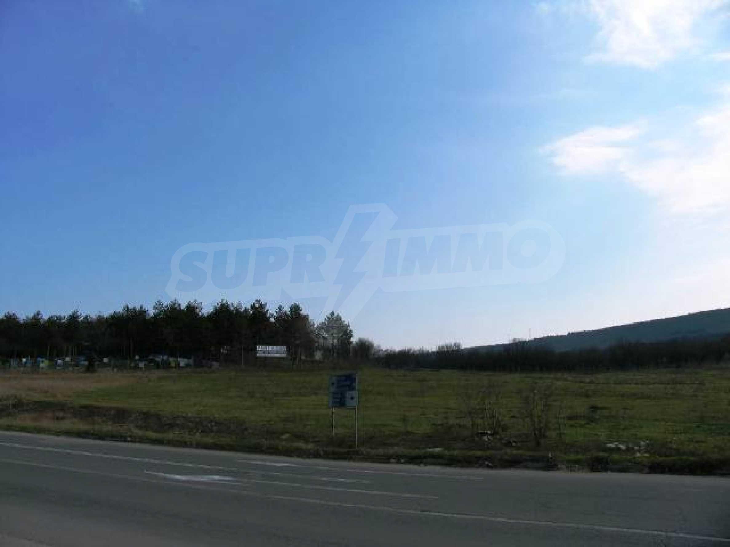 Land in Obrochishte Village, just 3km from Albena Resort  11