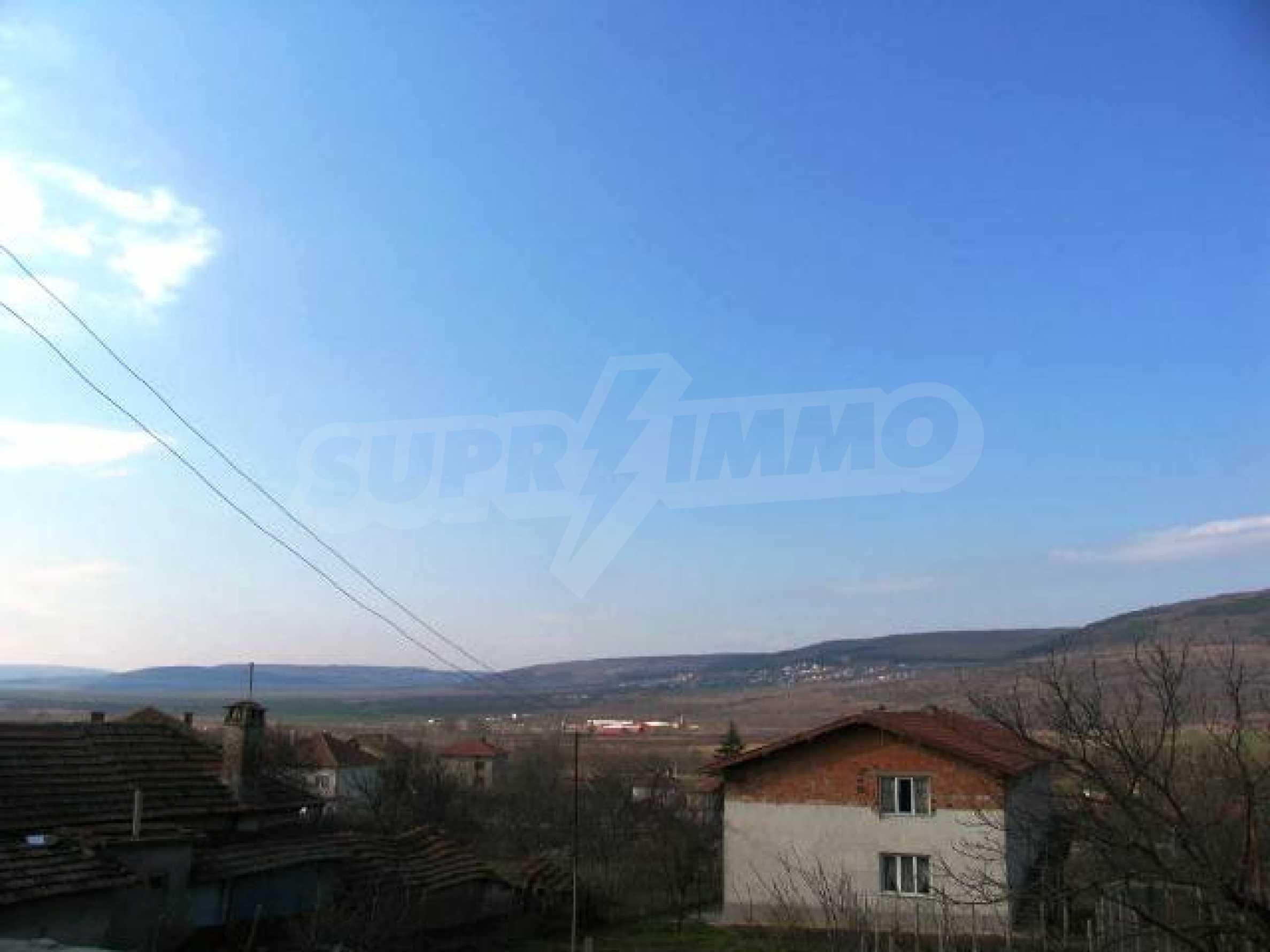 Land in Obrochishte Village, just 3km from Albena Resort  4