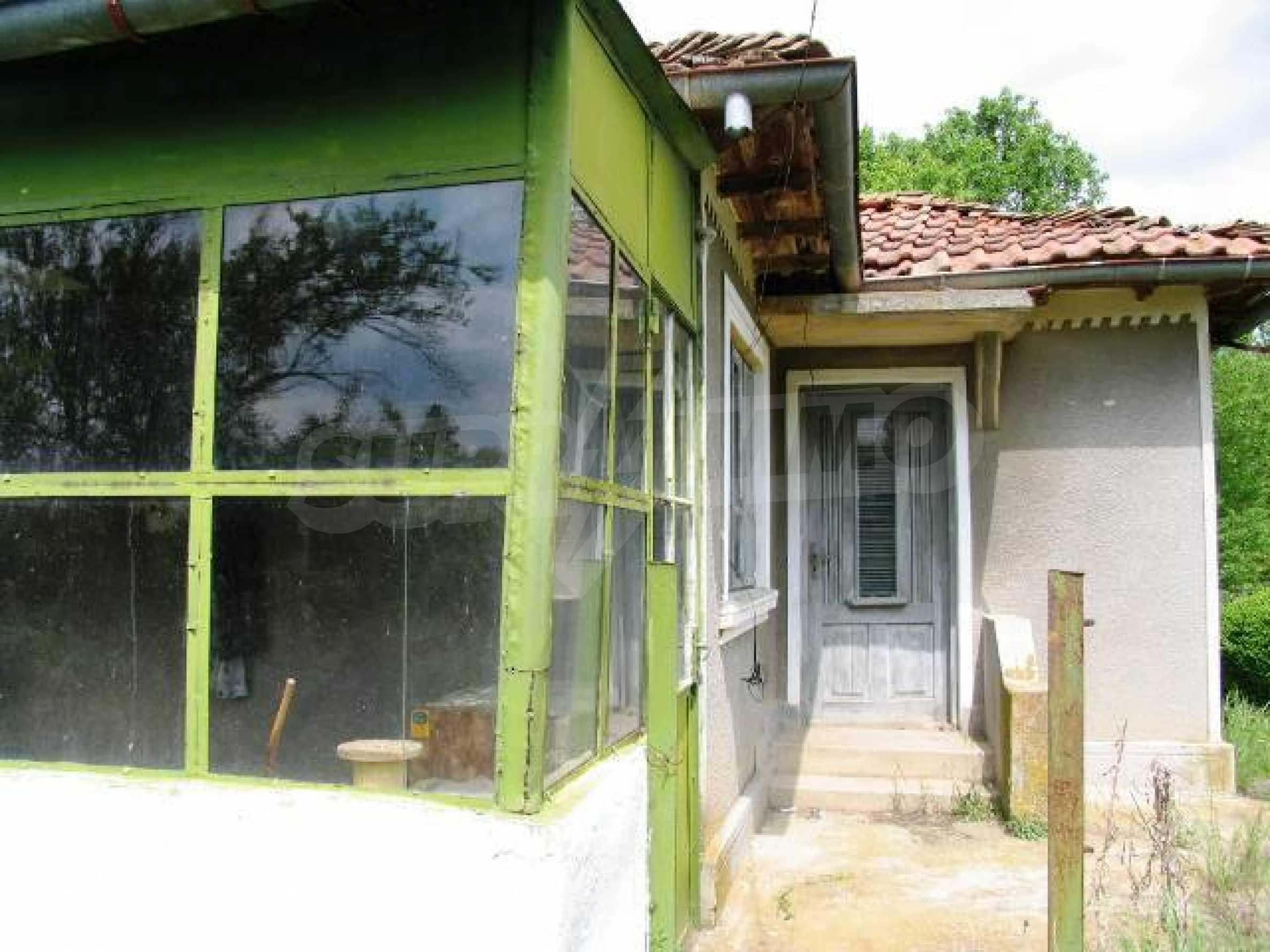 House for sale in Zementsi village near by Romanian border 9
