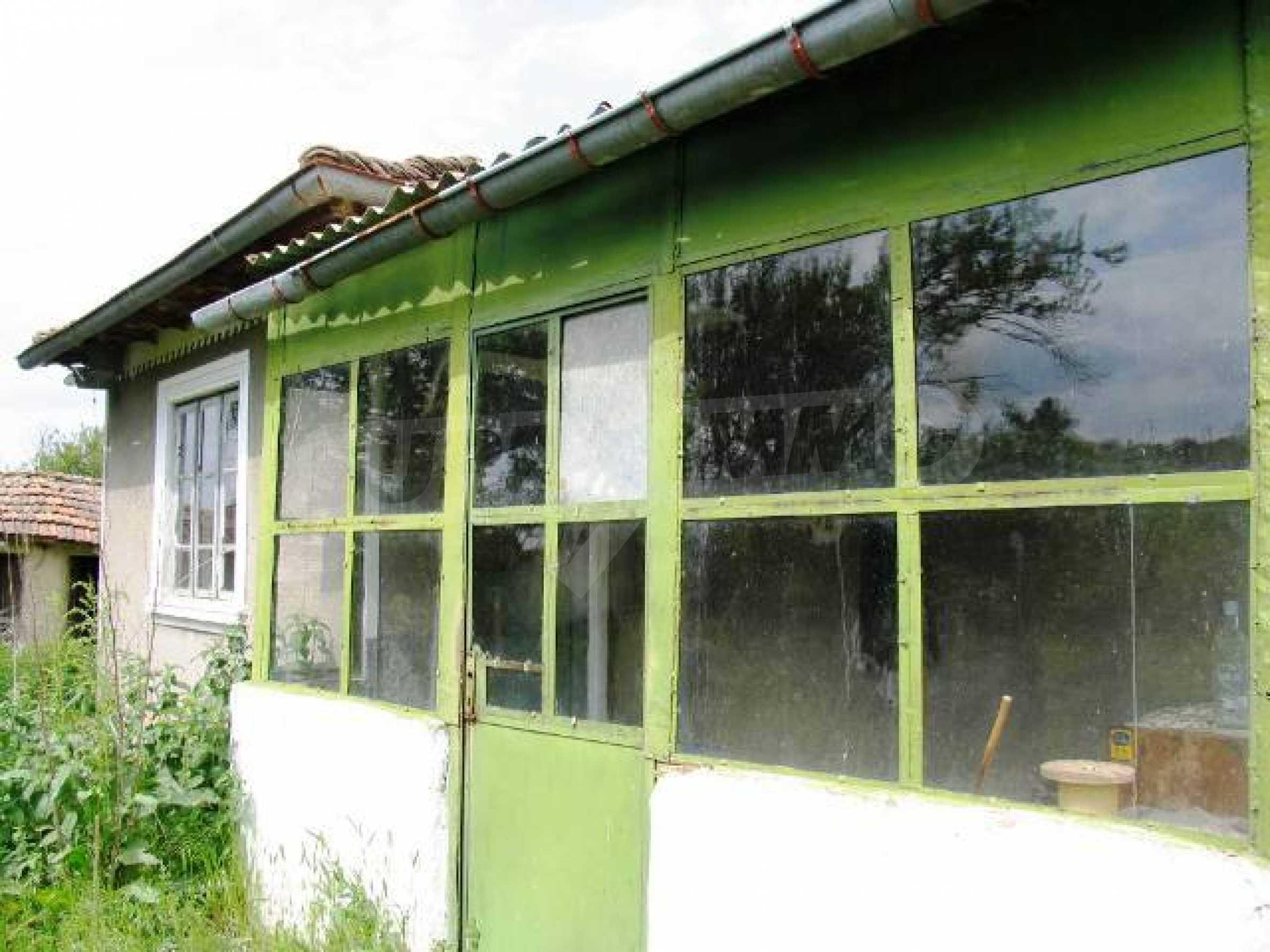 House for sale in Zementsi village near by Romanian border 8
