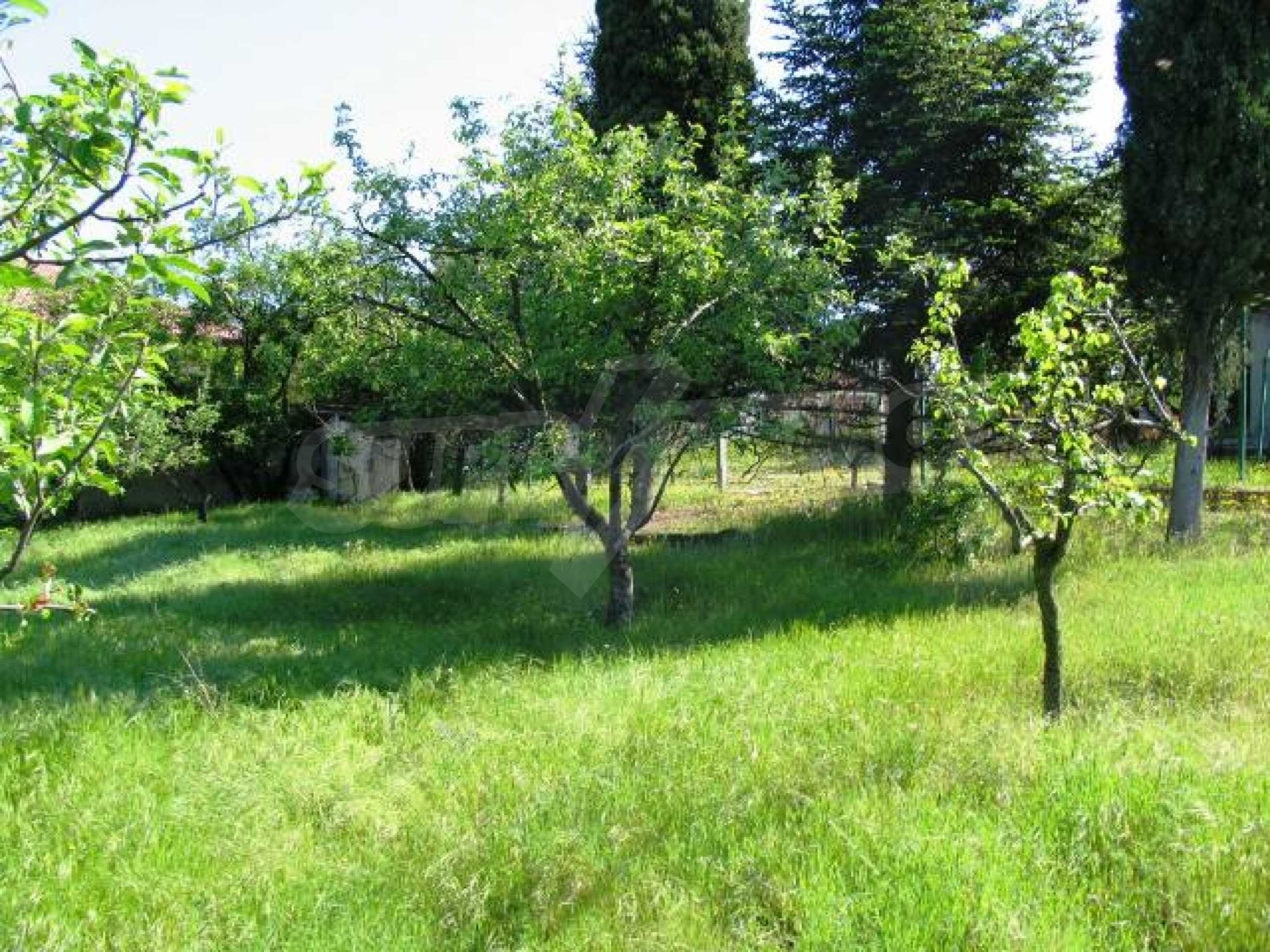 Well-sized house with plot of land close to Varna and the sea  23
