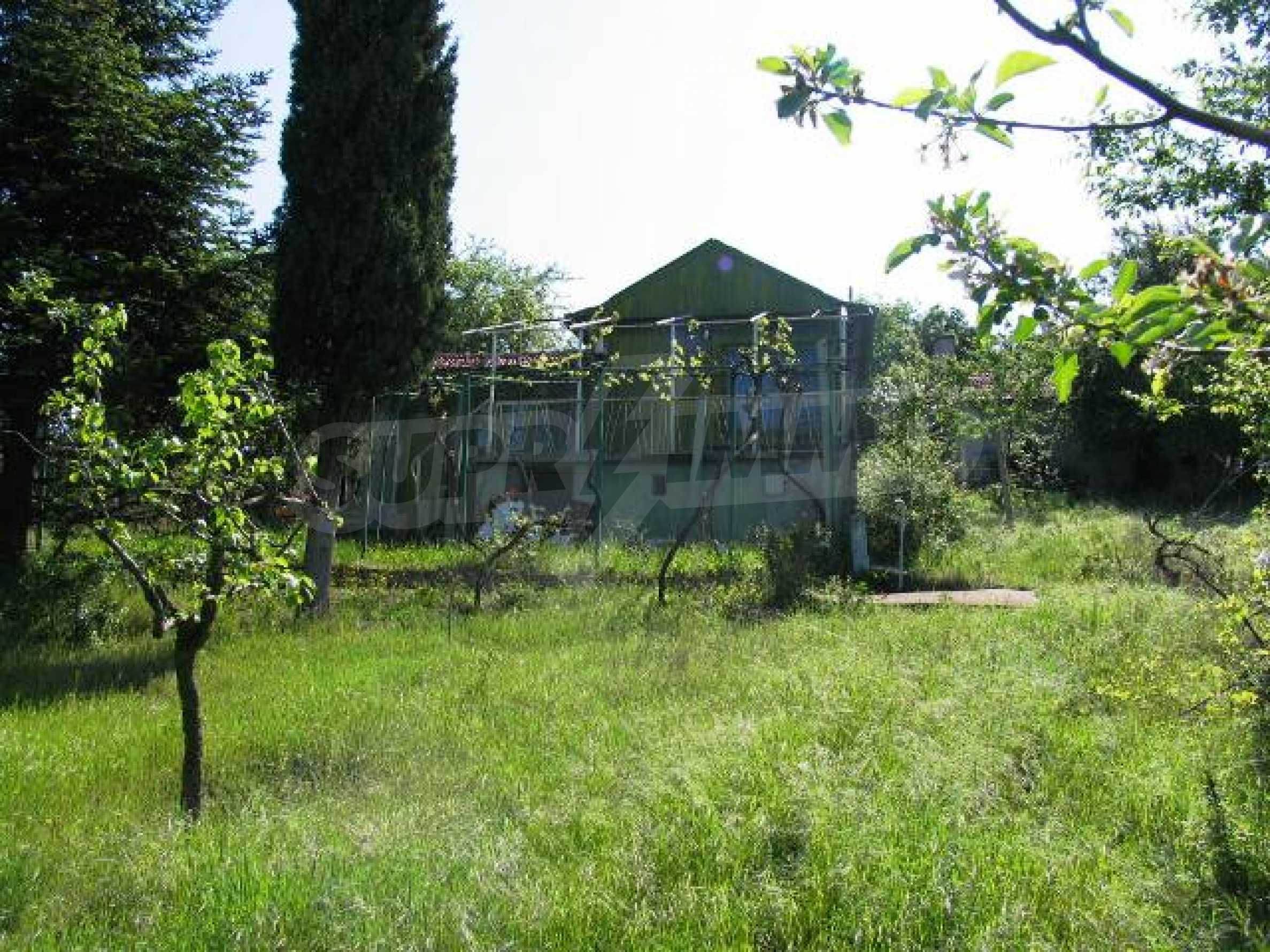 Well-sized house with plot of land close to Varna and the sea  24