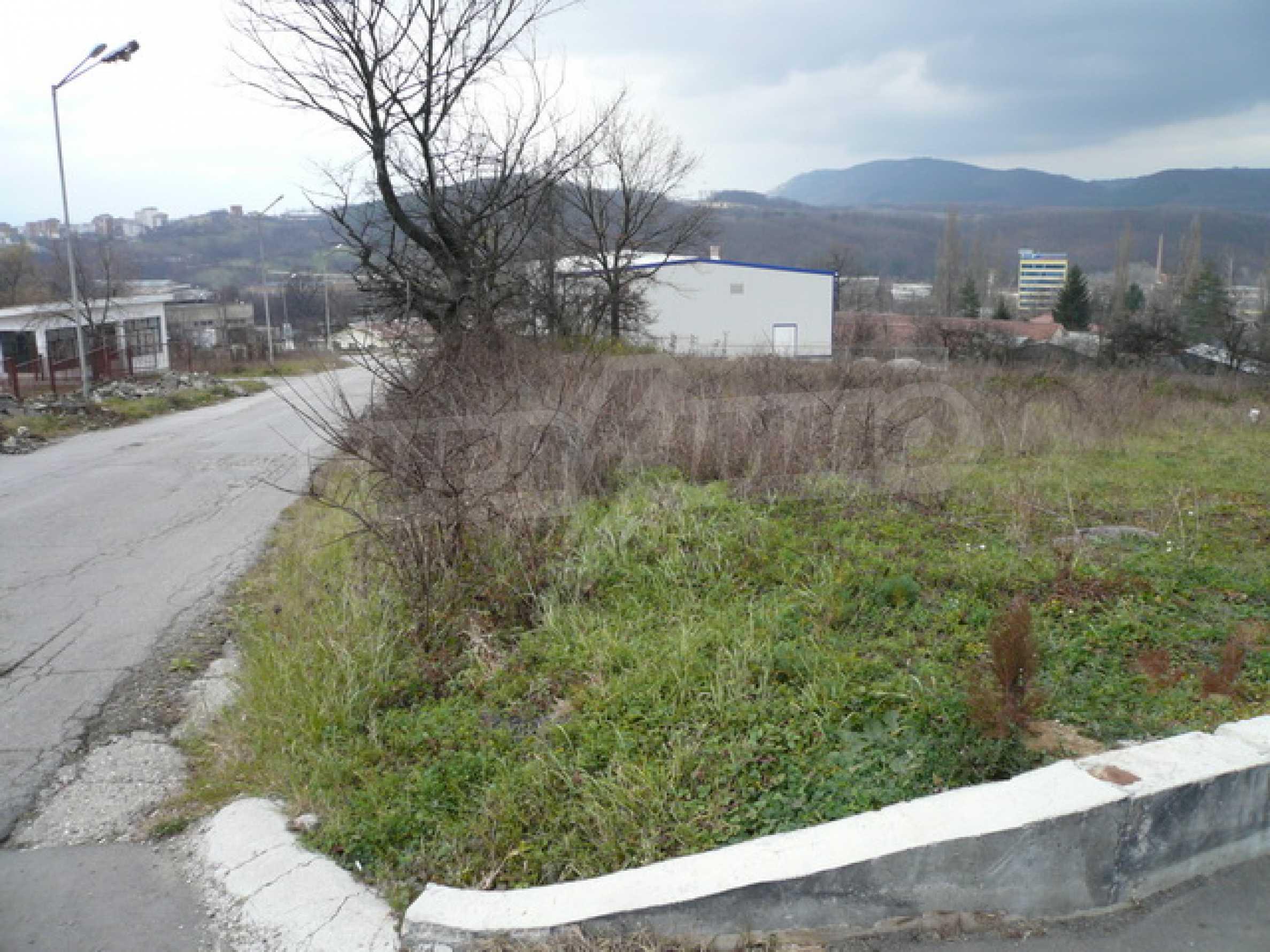 Парцел в промишлената зона на гр. Габрово 7