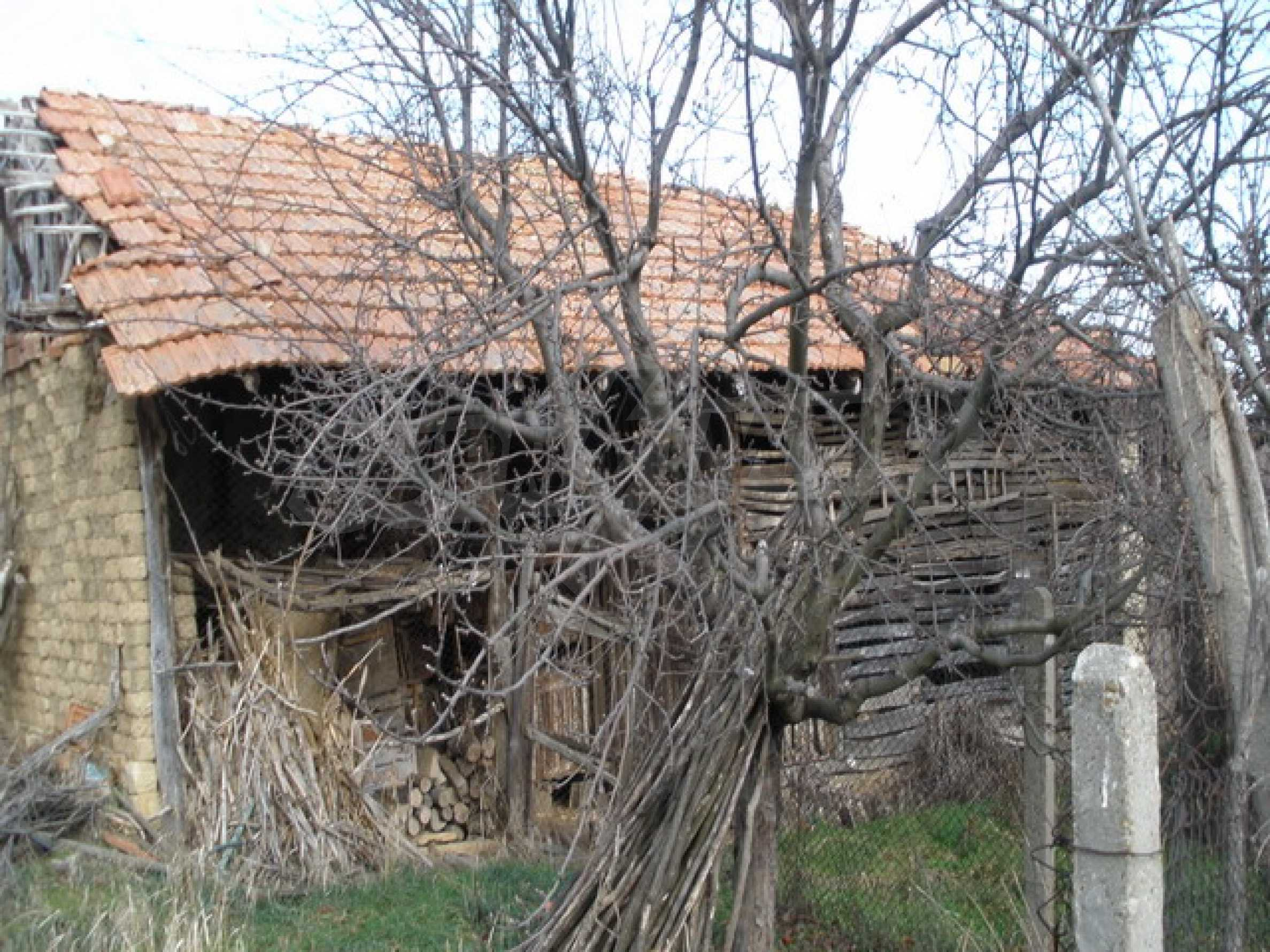 Two-storey village house with 1400 sq.m. yard 7