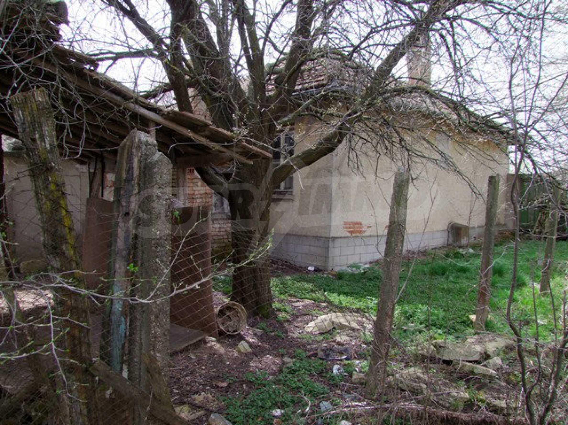 Backsteinhaus in einem Dorf, nur 100 Meter von der Hauptstraße entfernt 40