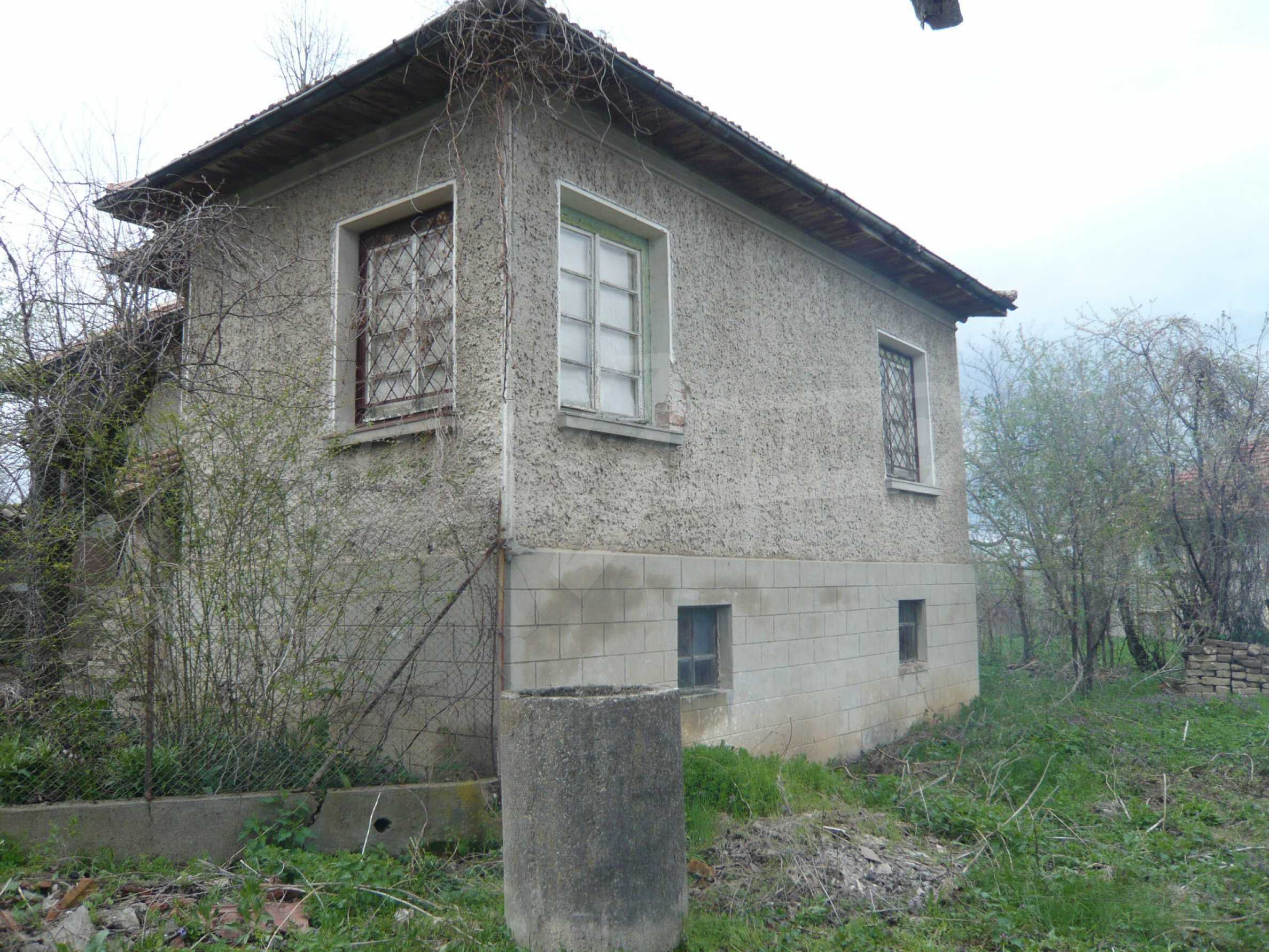 House with spacious garden in a well developed village near Veliko Tarnovo 4
