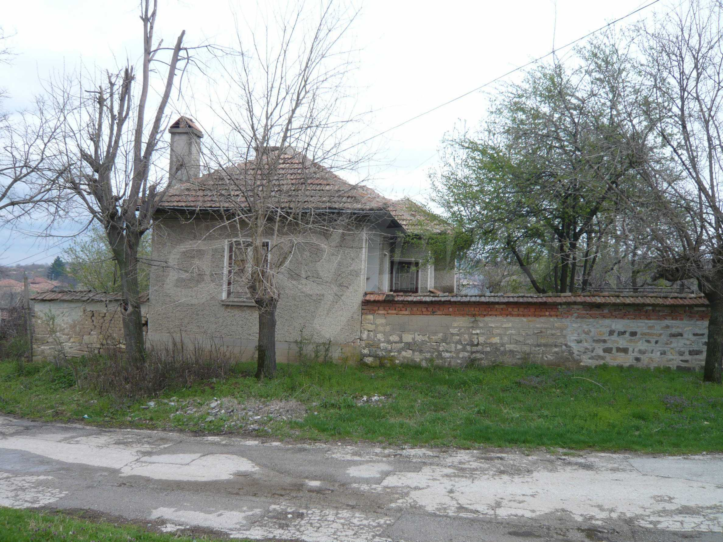 House with spacious garden in a well developed village near Veliko Tarnovo 61