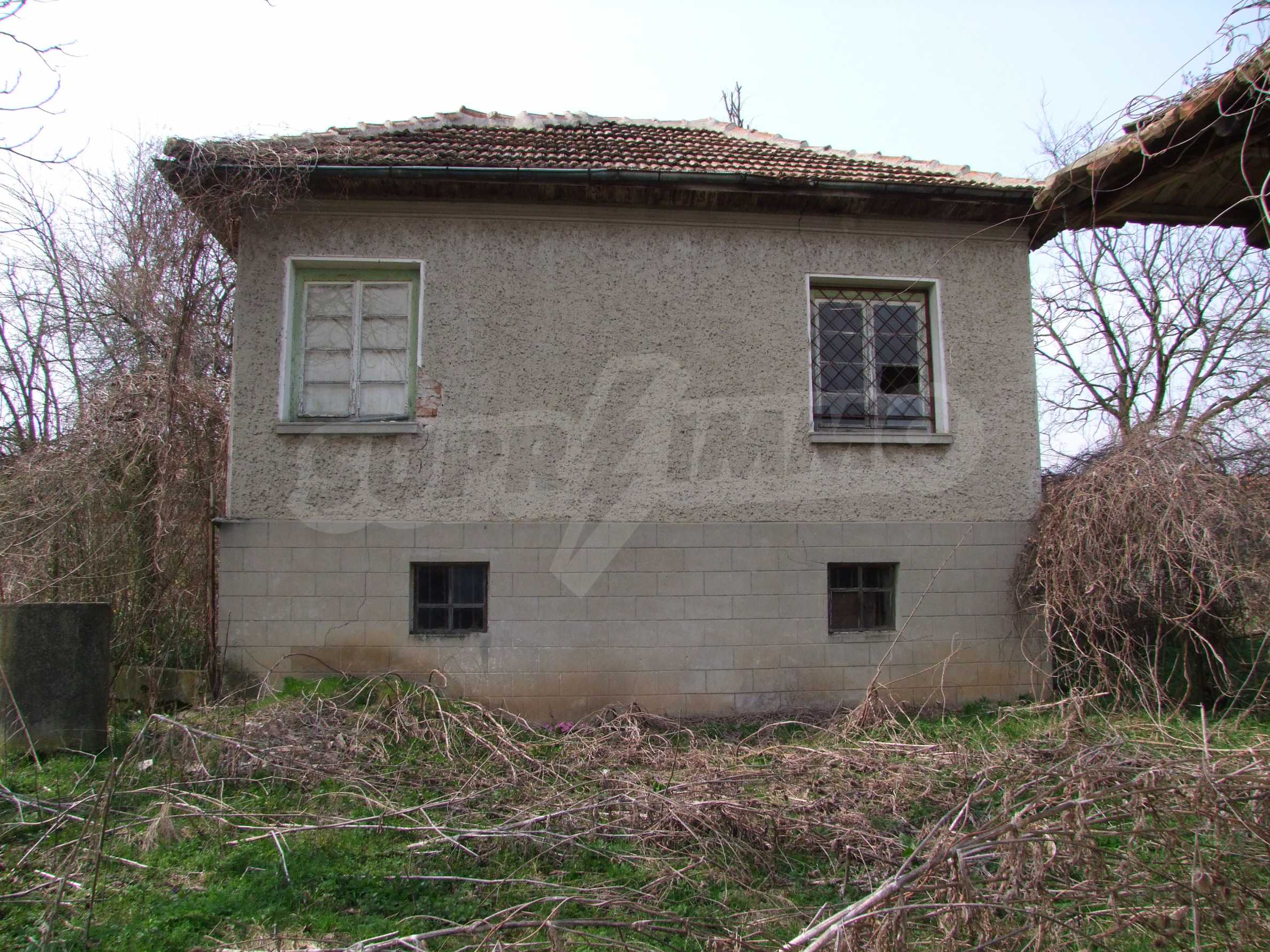 House with spacious garden in a well developed village near Veliko Tarnovo 69