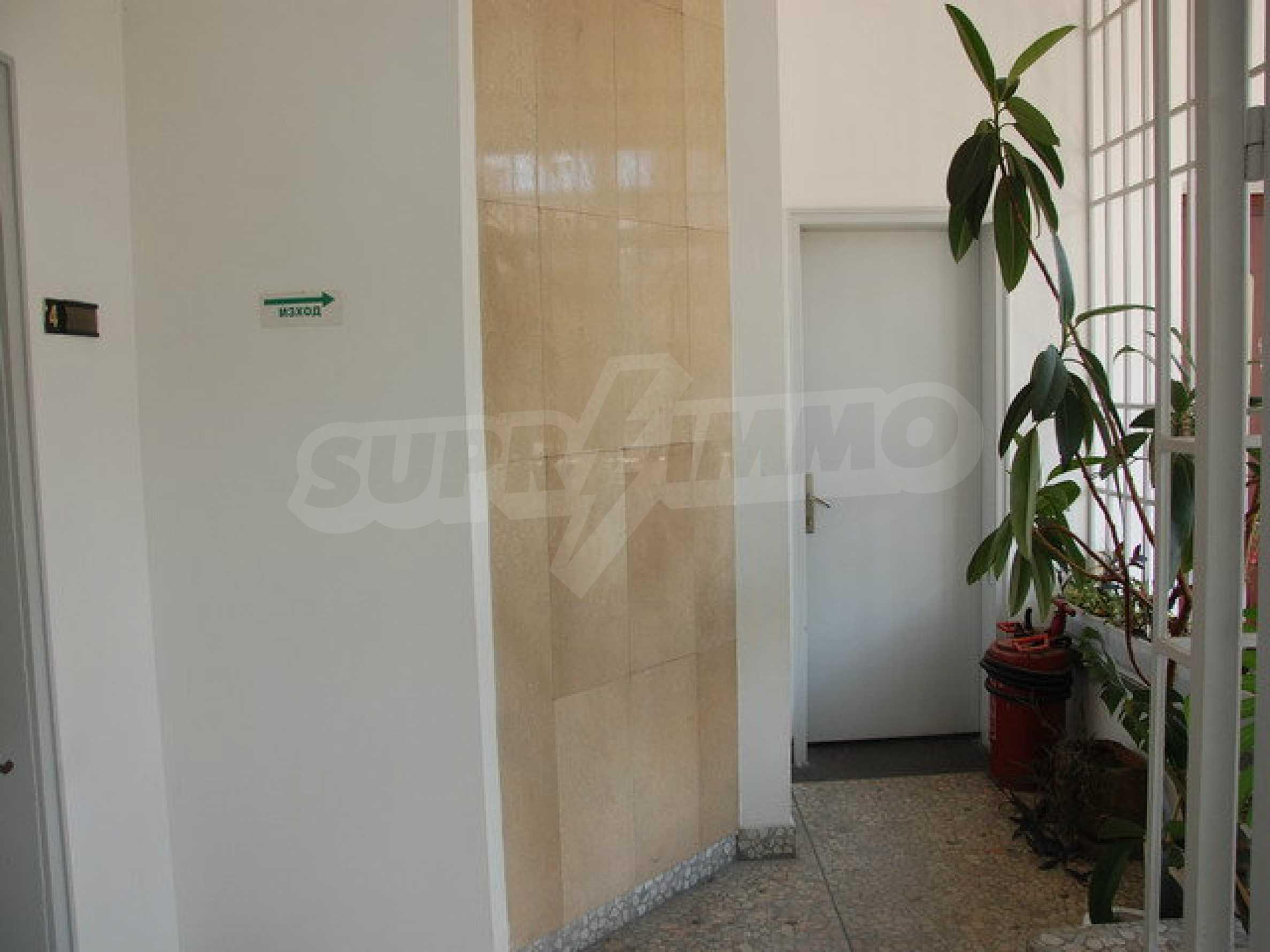 Етаж от офис сграда в центъра град Габрово 4