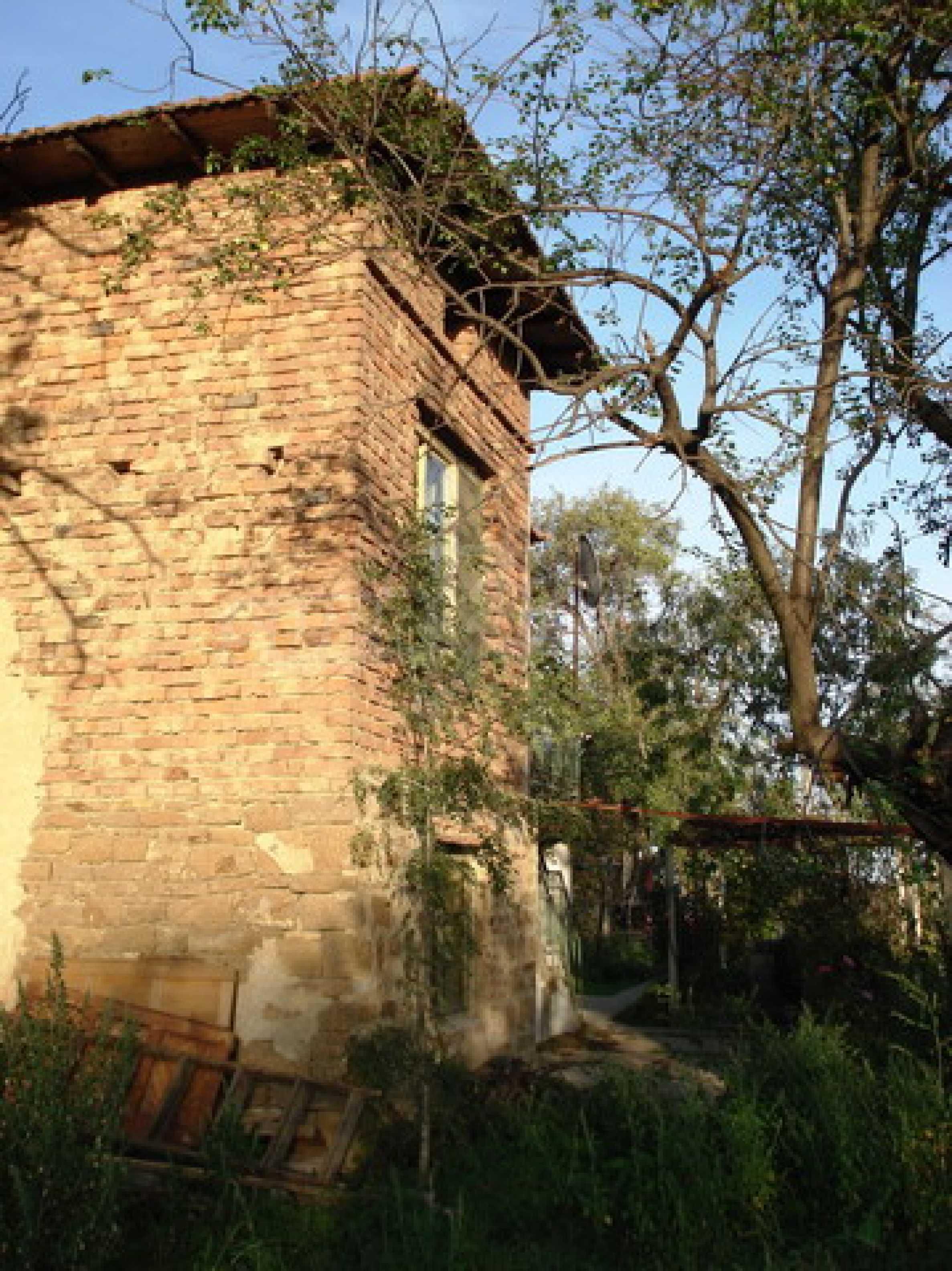 Кирпичный деревенский дом 4