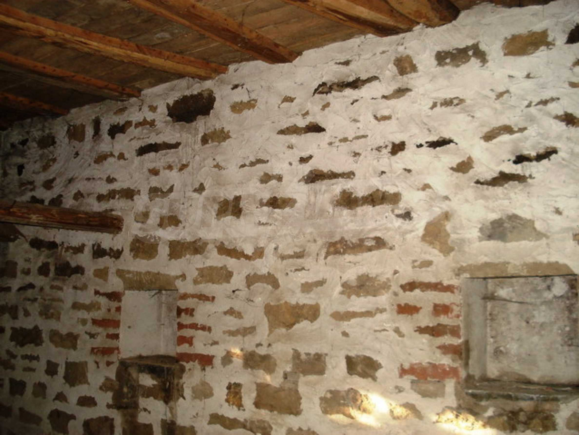Кирпичный деревенский дом 7