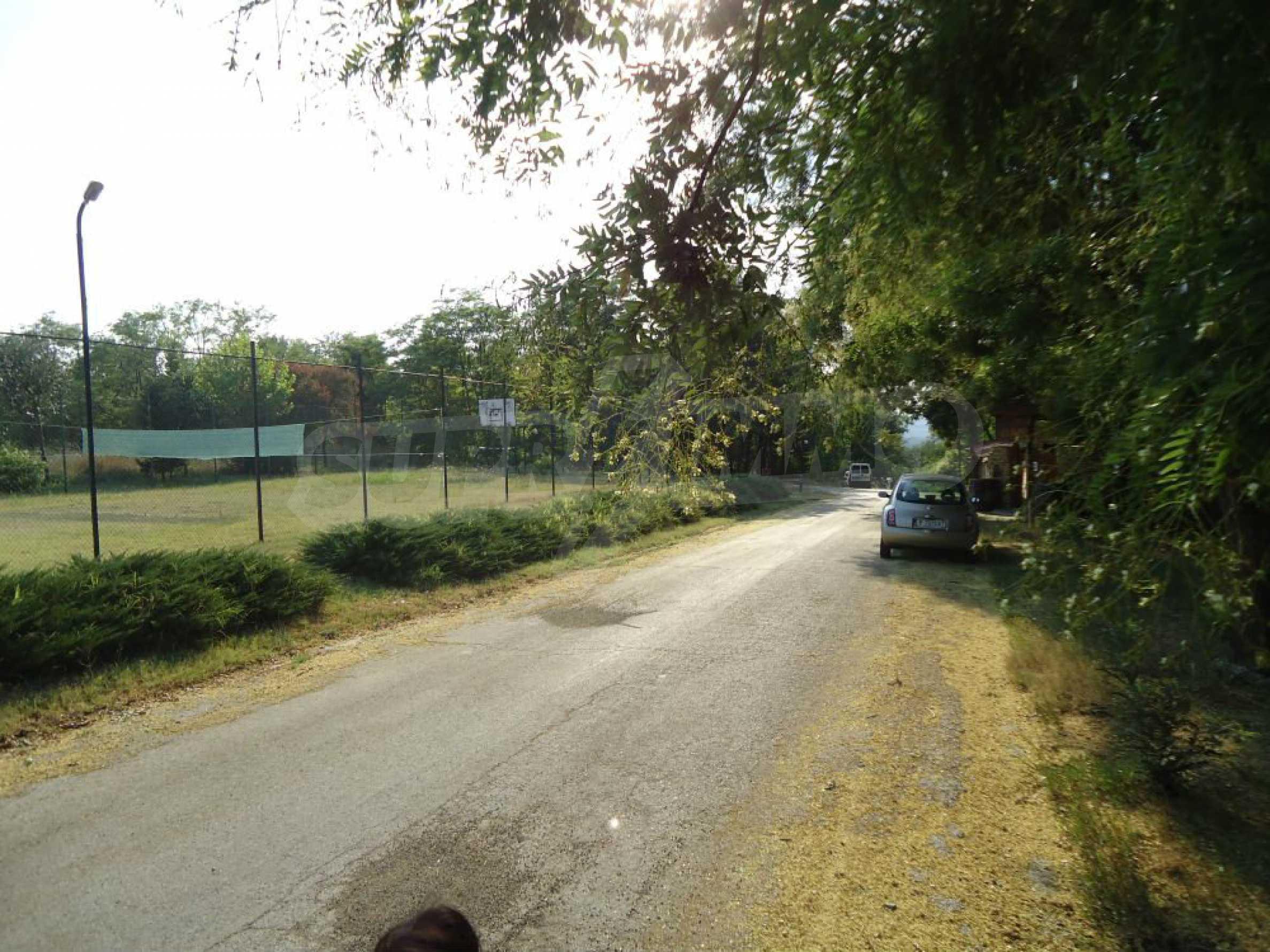 Ackerland in der Nähe der Hauptstraße Rousse-Sofia 2
