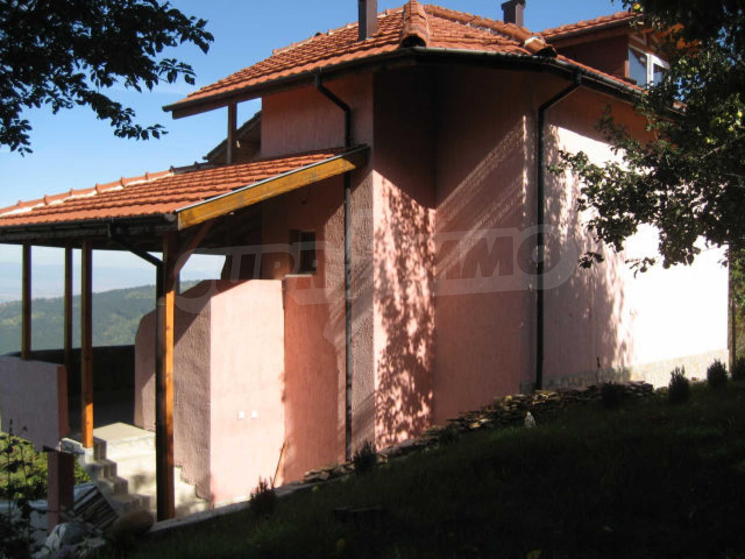 Дом вблизи г. София 3